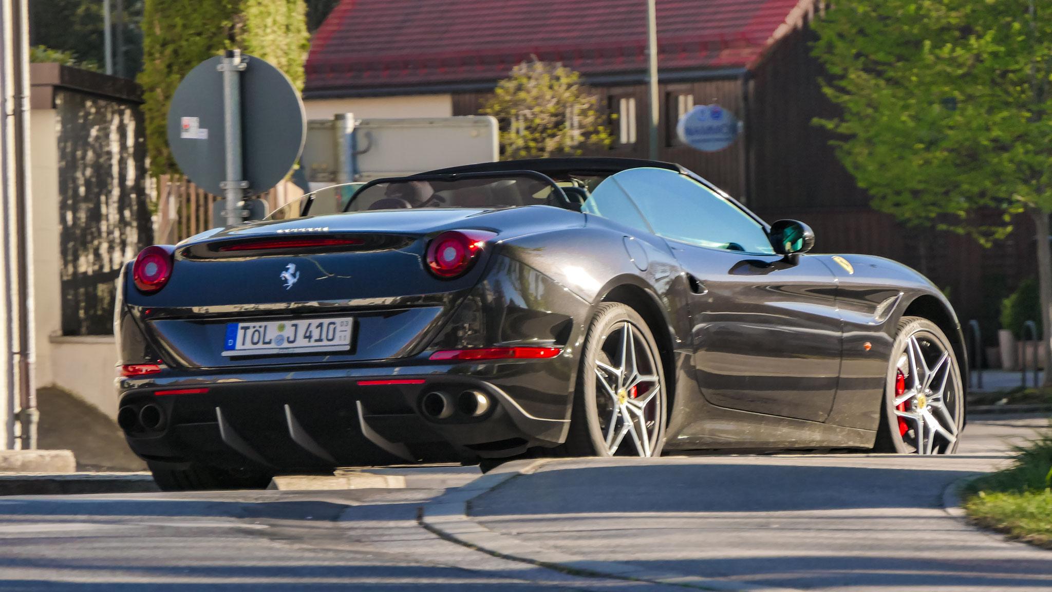 Ferrari California T - TÖL-J-410