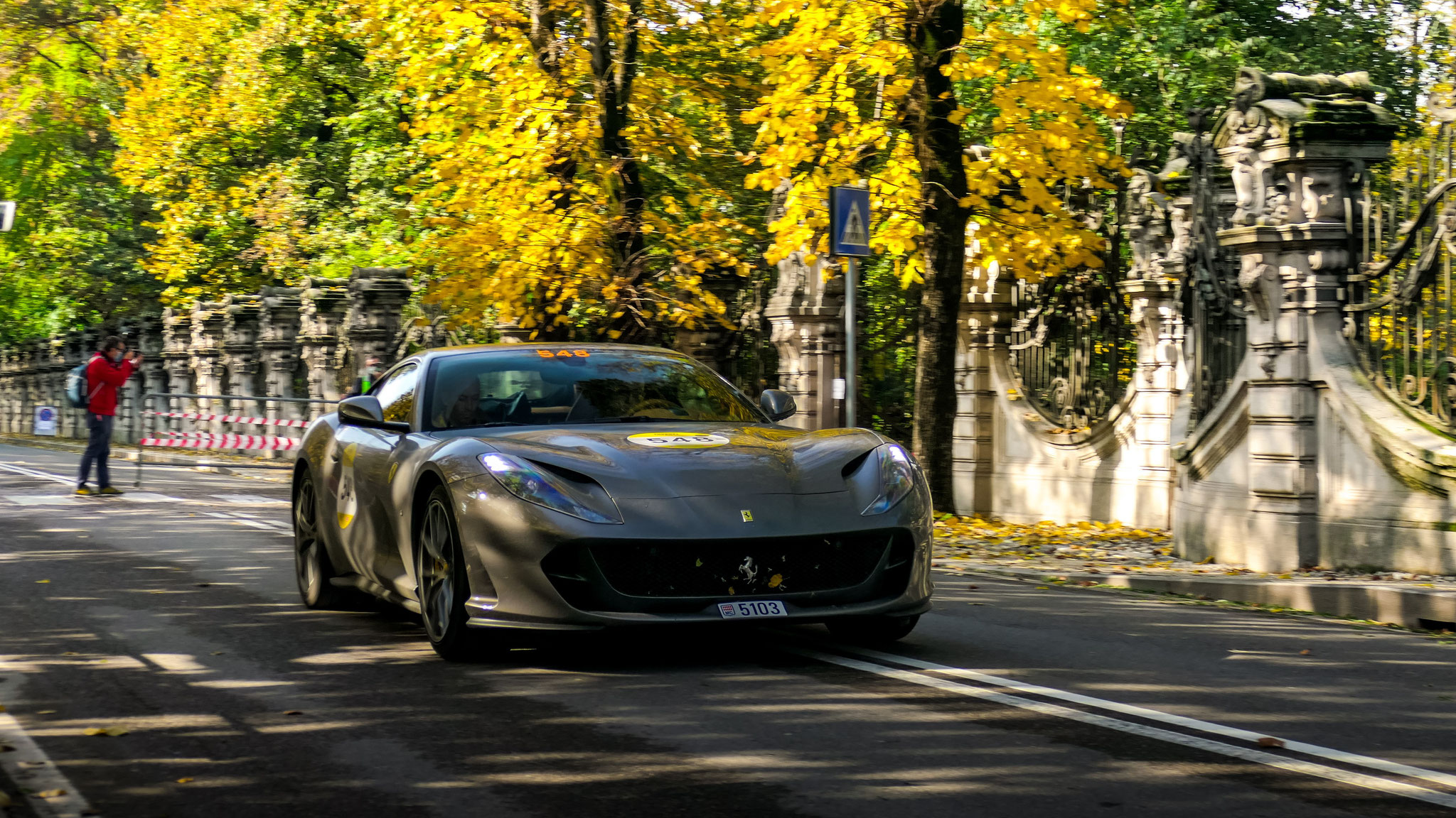 Ferrari 812 Superfast - 5103 (MC)