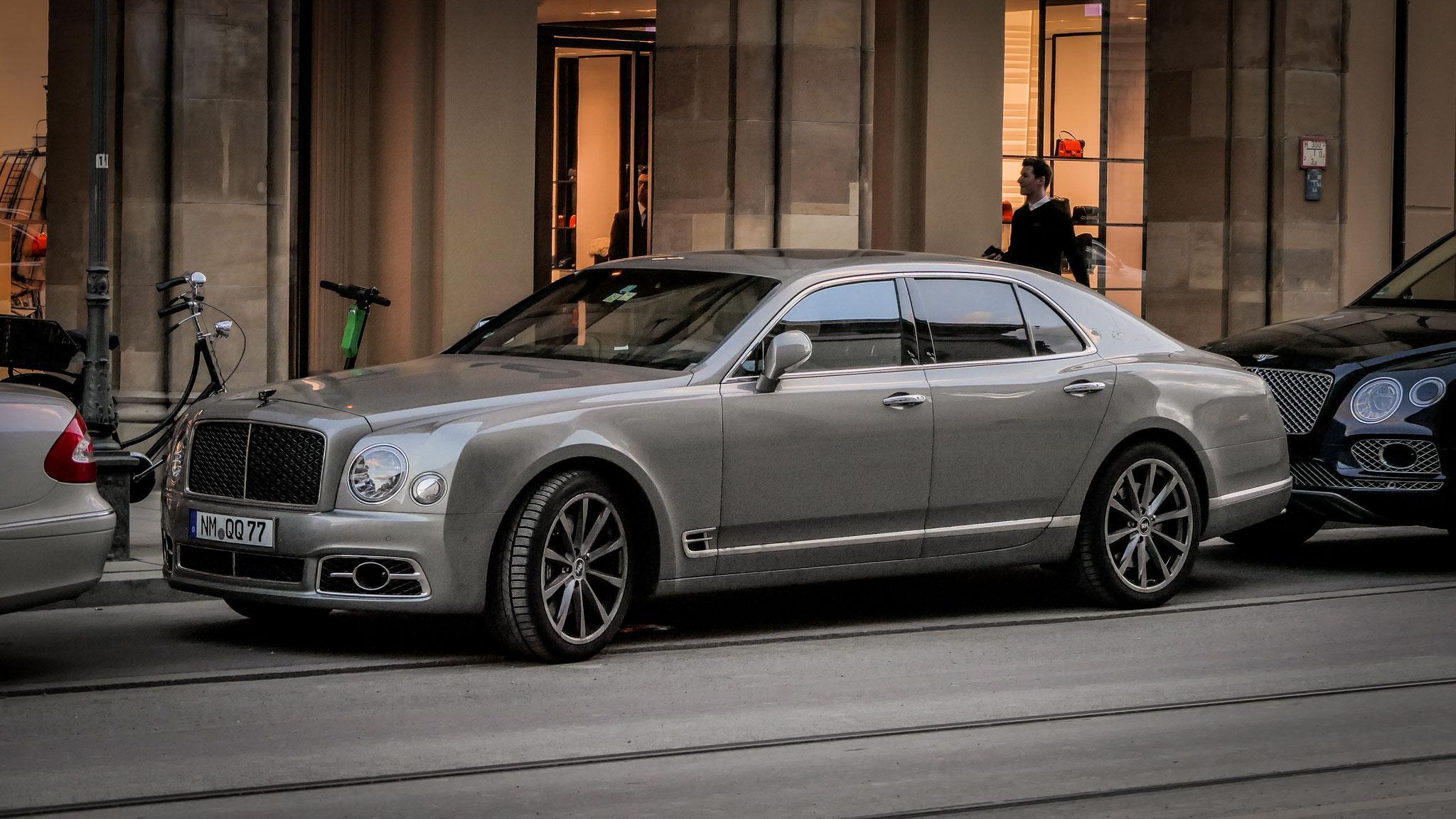 Bentley Mulsanne - NM-QQ-77