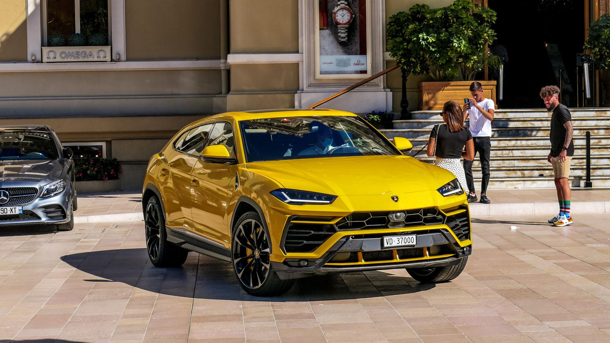 Lamborghini Urus - VD-37000 (CH)