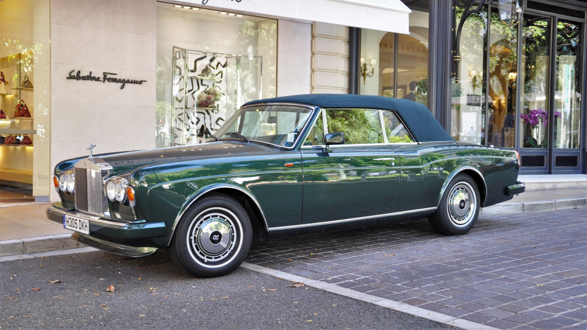 Rolls Royce Corniche - H305-DKH (GB)