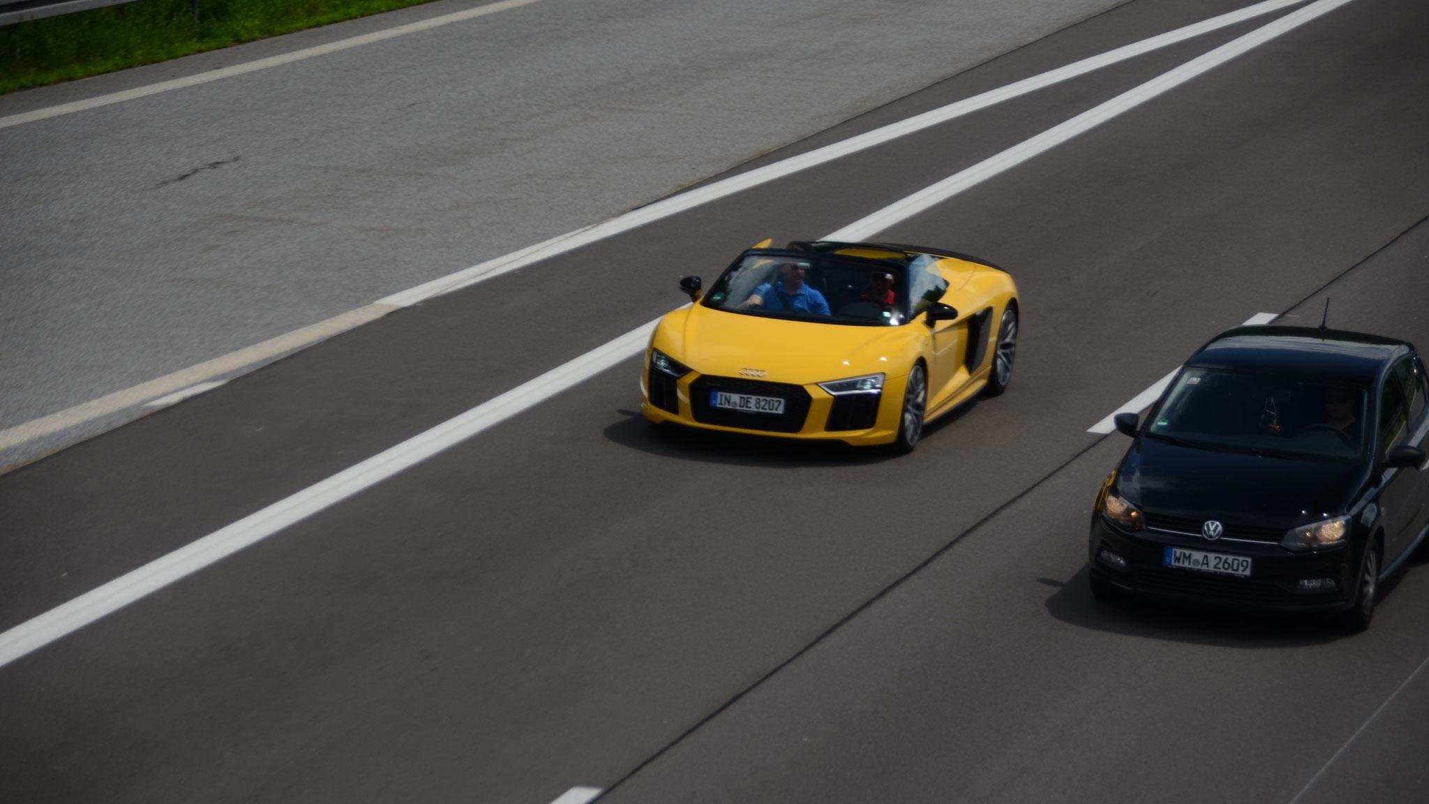 Audi R8 V10 Spyder - IN-DE-8213
