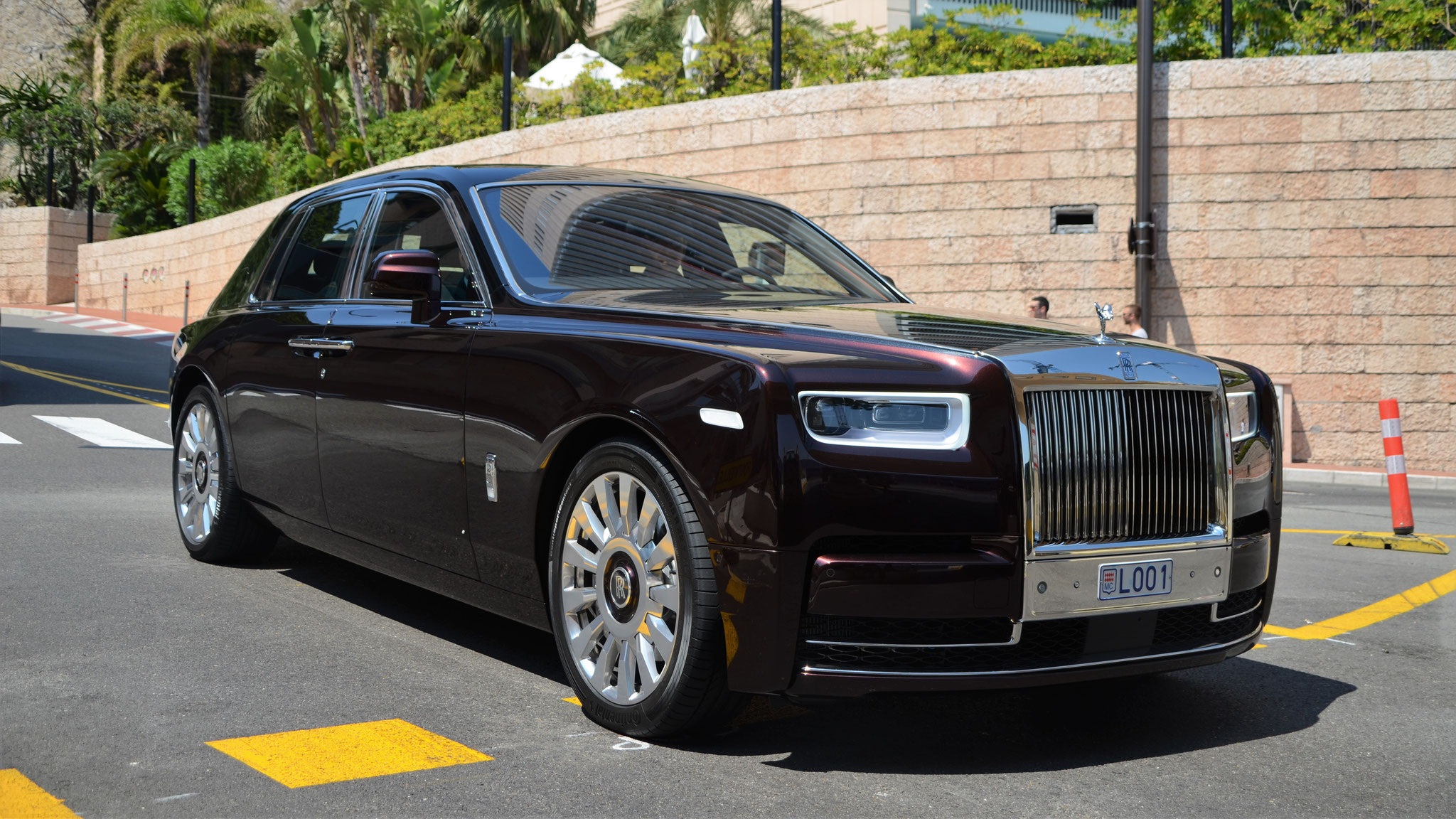 Rolls Royce Phantom - L001 (MC)