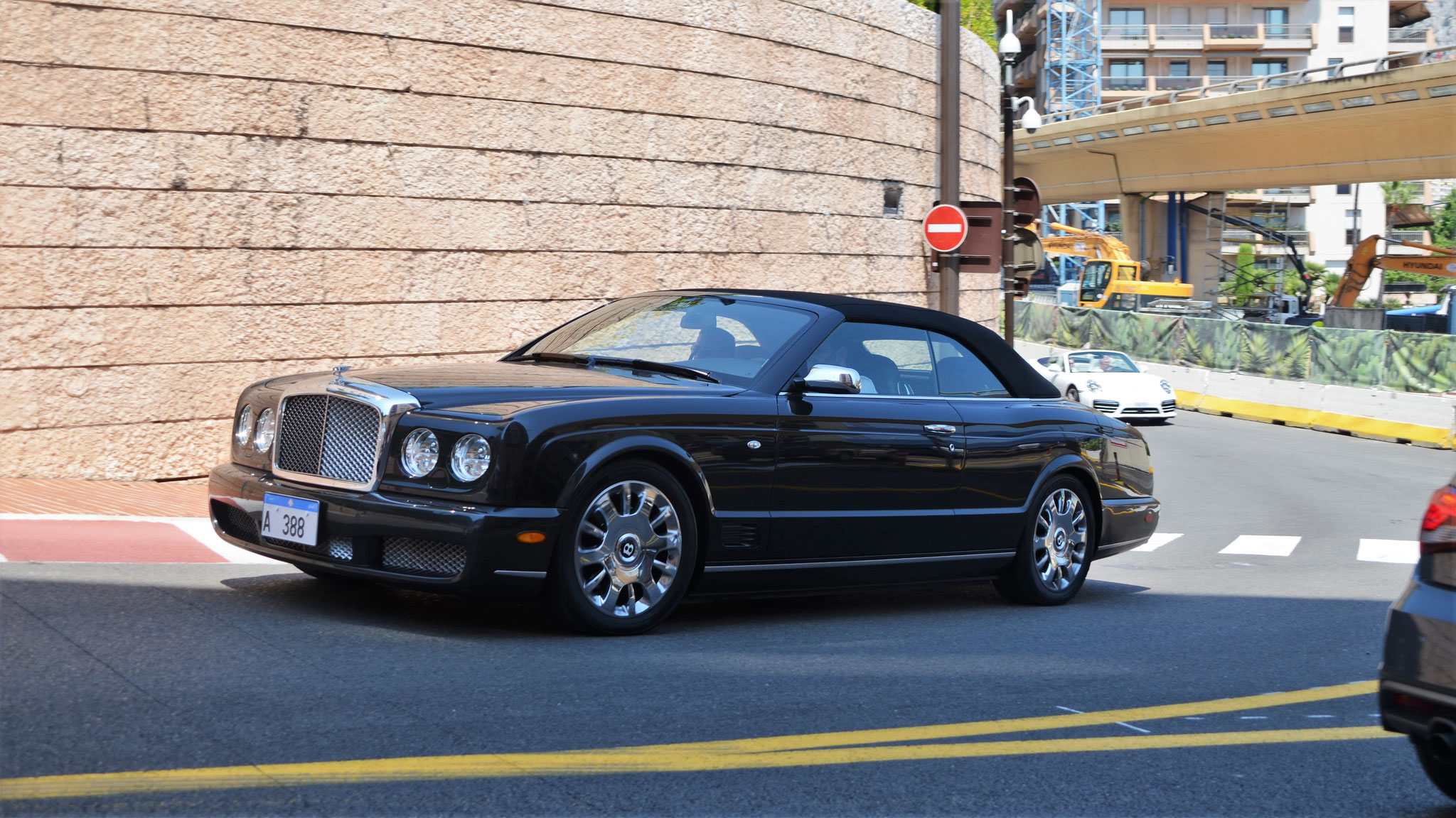 Bentley Azure - A-388 (Arab)
