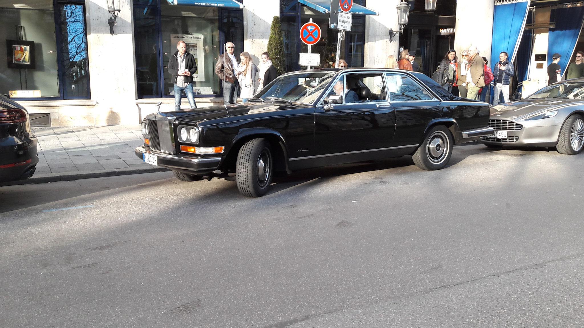 Rolls Royce Camargue - M-BO-2H