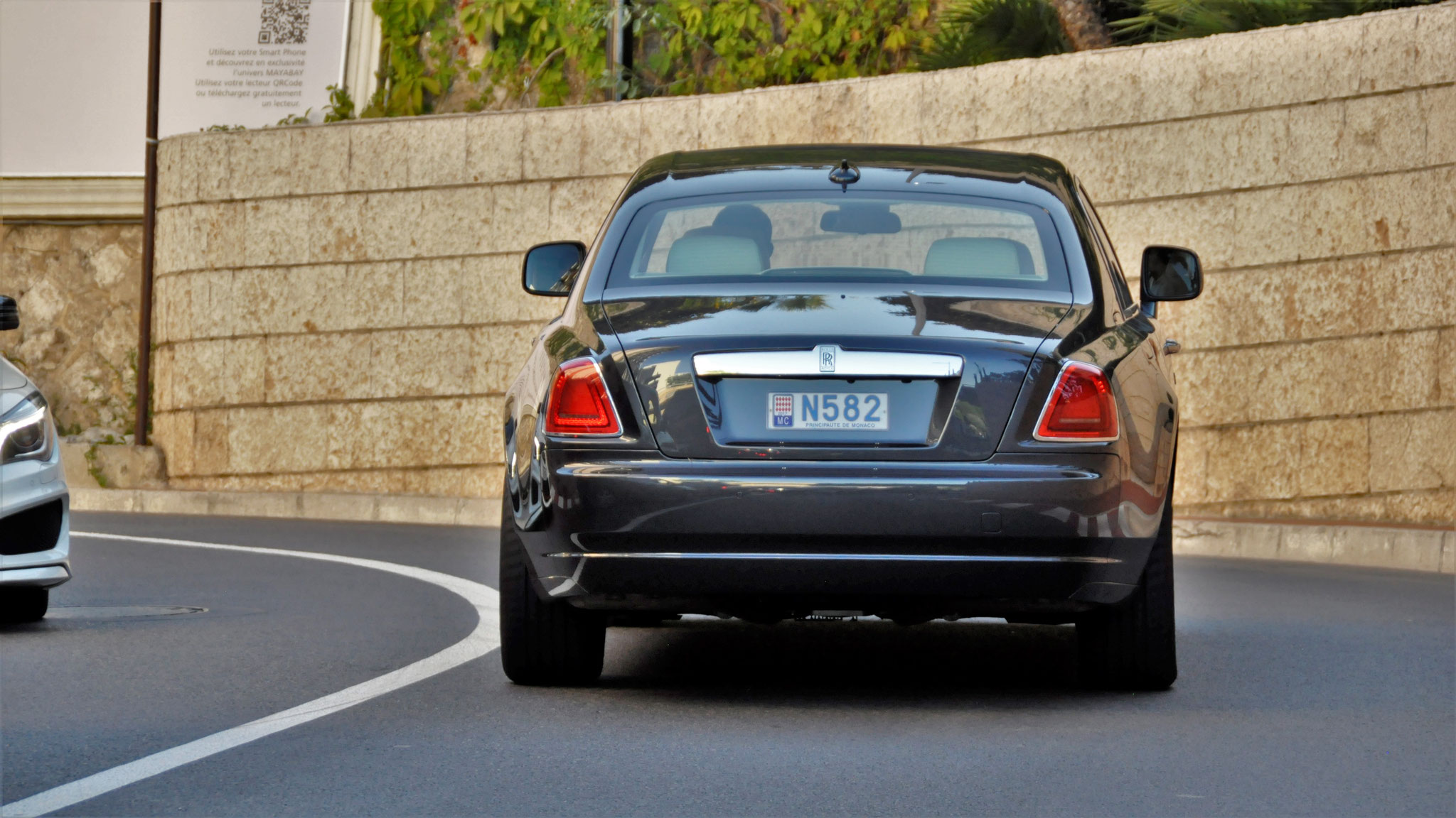 Rolls Royce Ghost - N582 (MC)