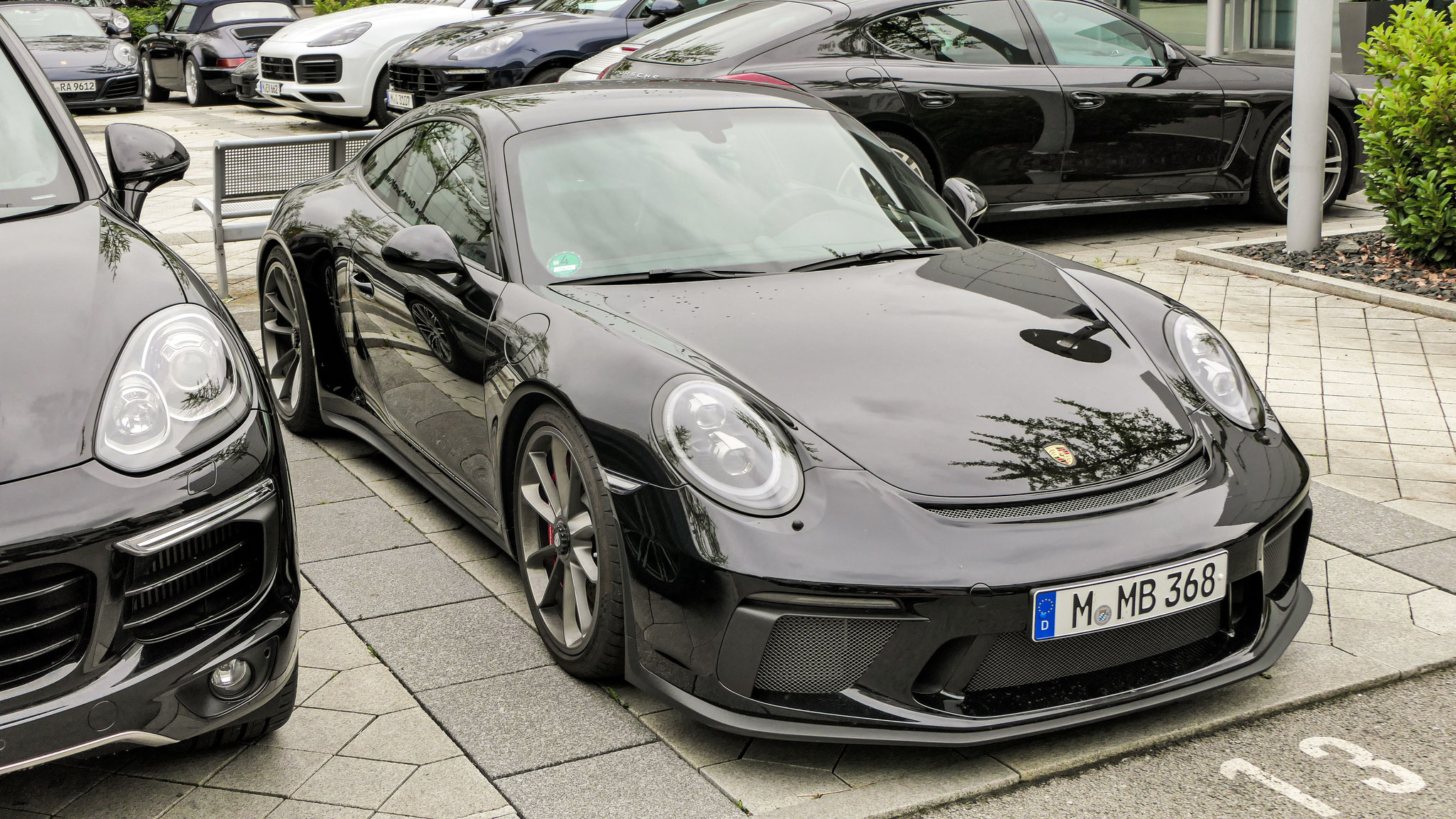 Porsche 991 GT3 Touring Package - M-MB-368