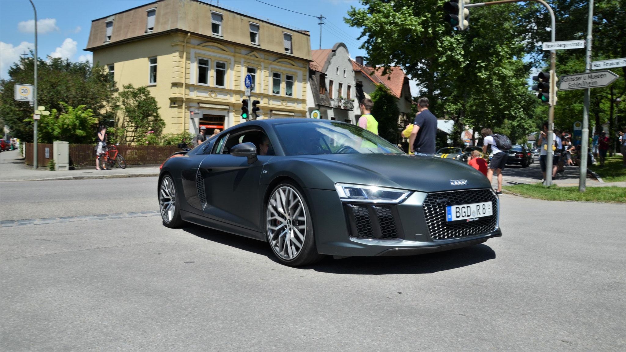 Audi R8 V10 - BGD-R-8