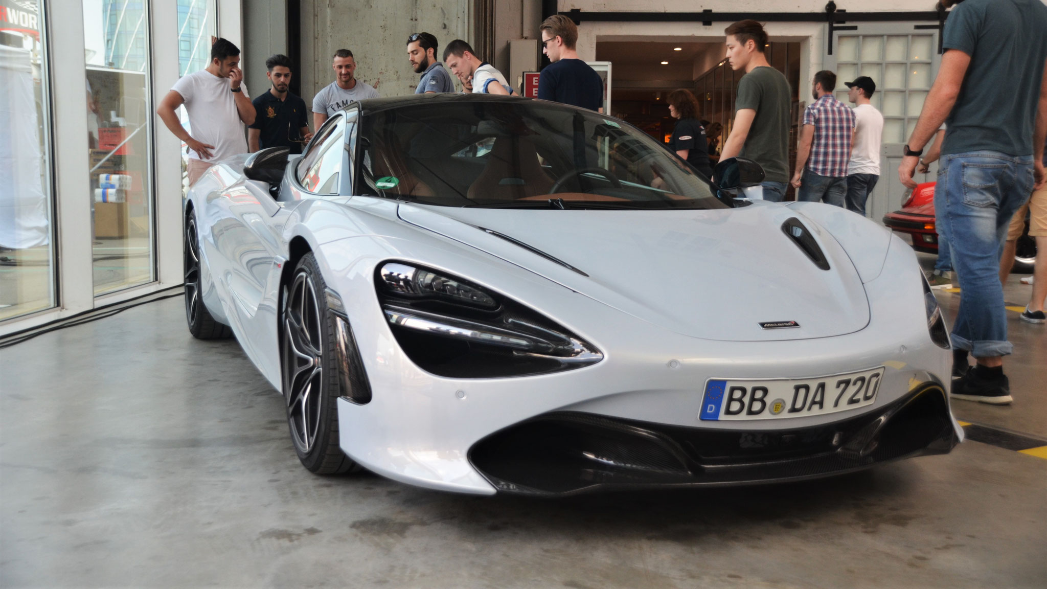 McLaren 720S - BB-DA-720