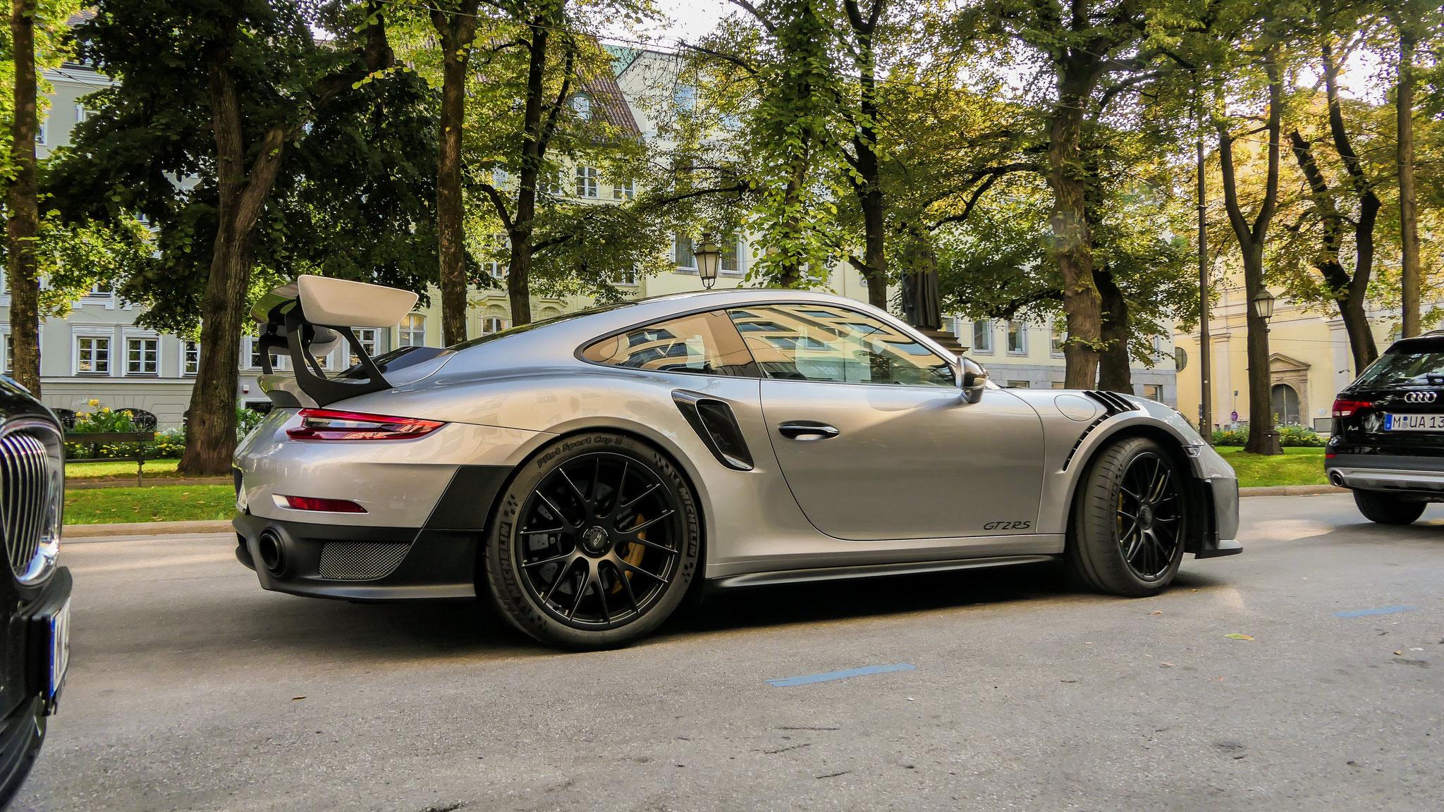 Porsche 911 GT2 RS - WM-GT-222