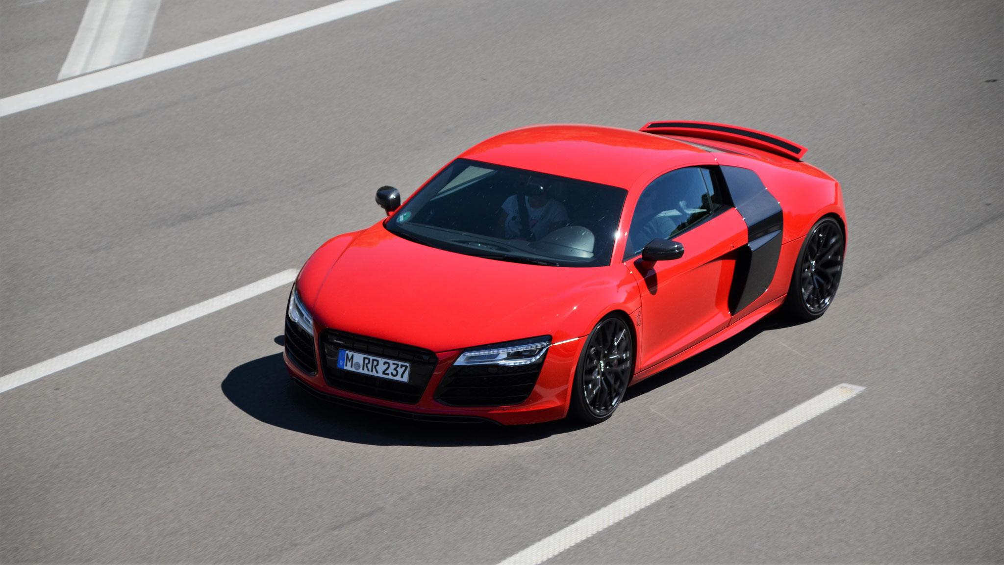 Audi R8 - M-RR-237