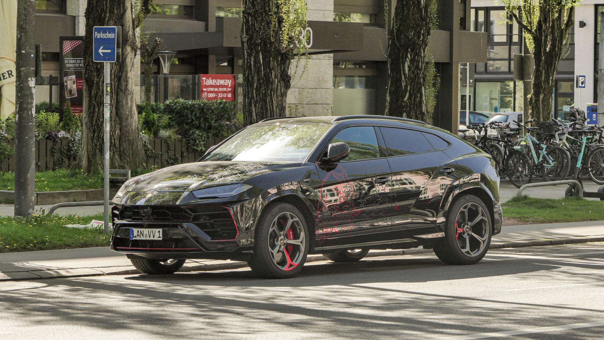 Lamborghini Urus - LAN-VV-1