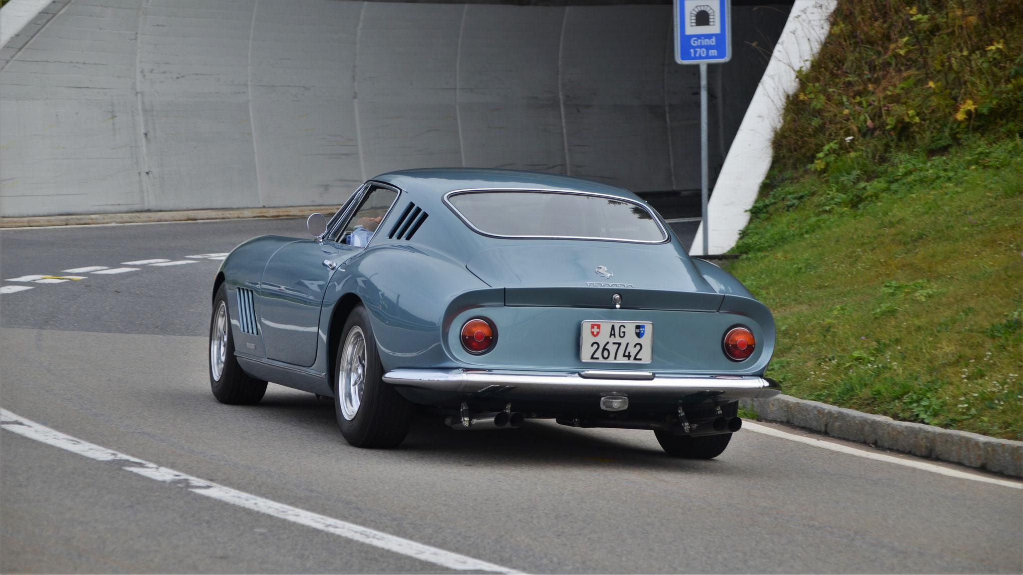 Ferrari 275 GTB - AG-26742 (CH)