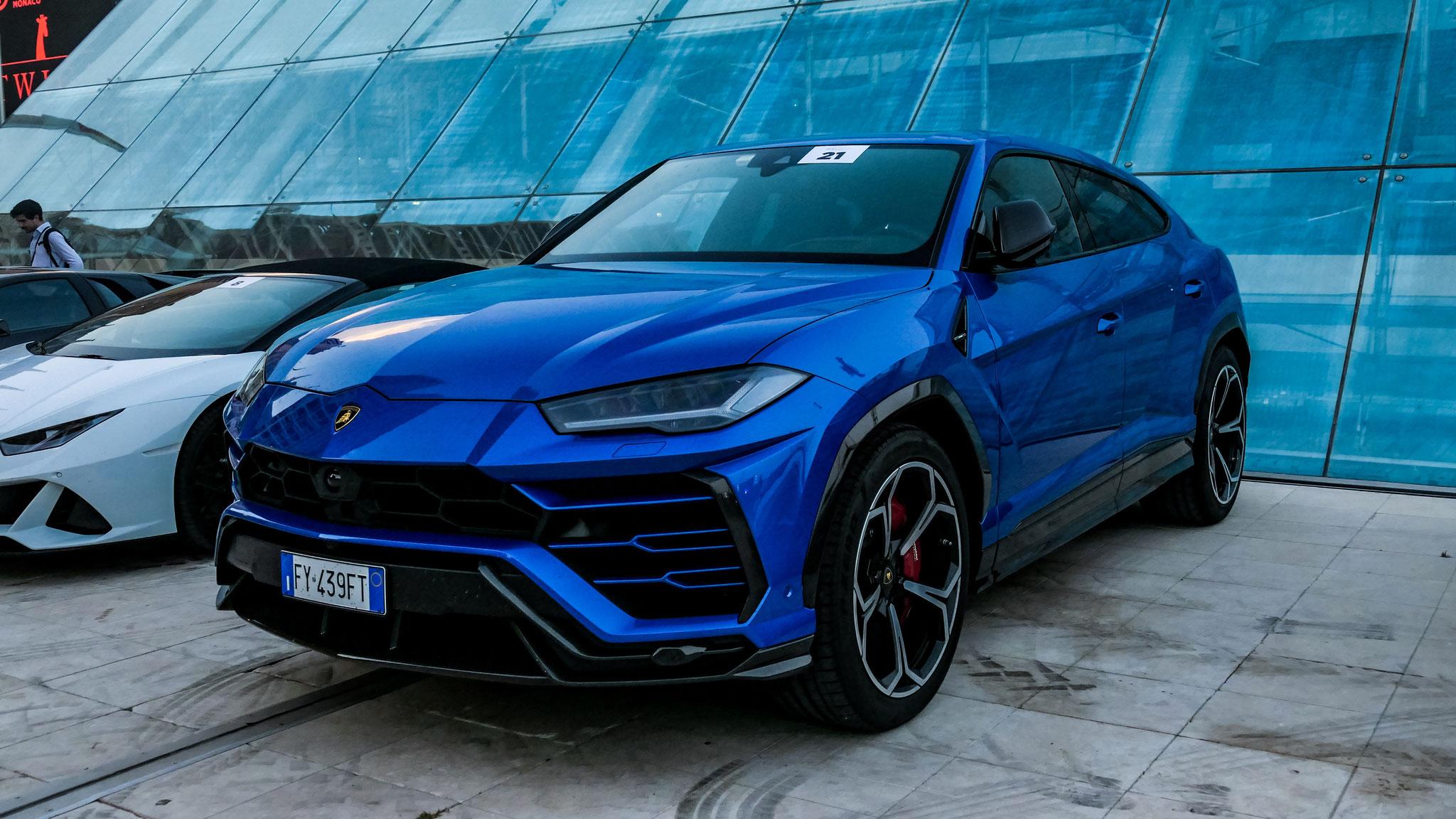 Lamborghini Urus - FY-439-FT (ITA)