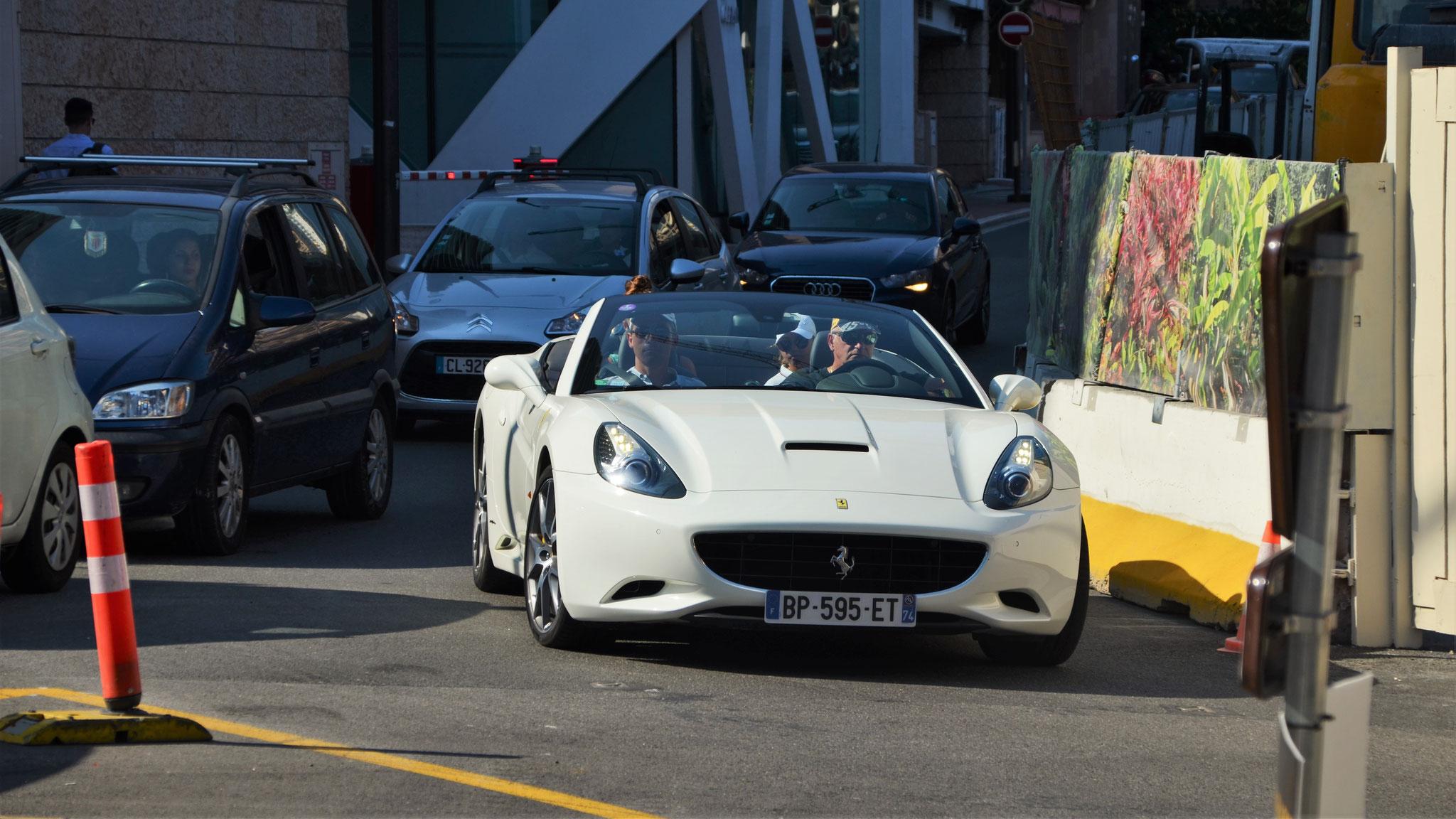 Ferrari California - BP-595-ET-74 (FRA)