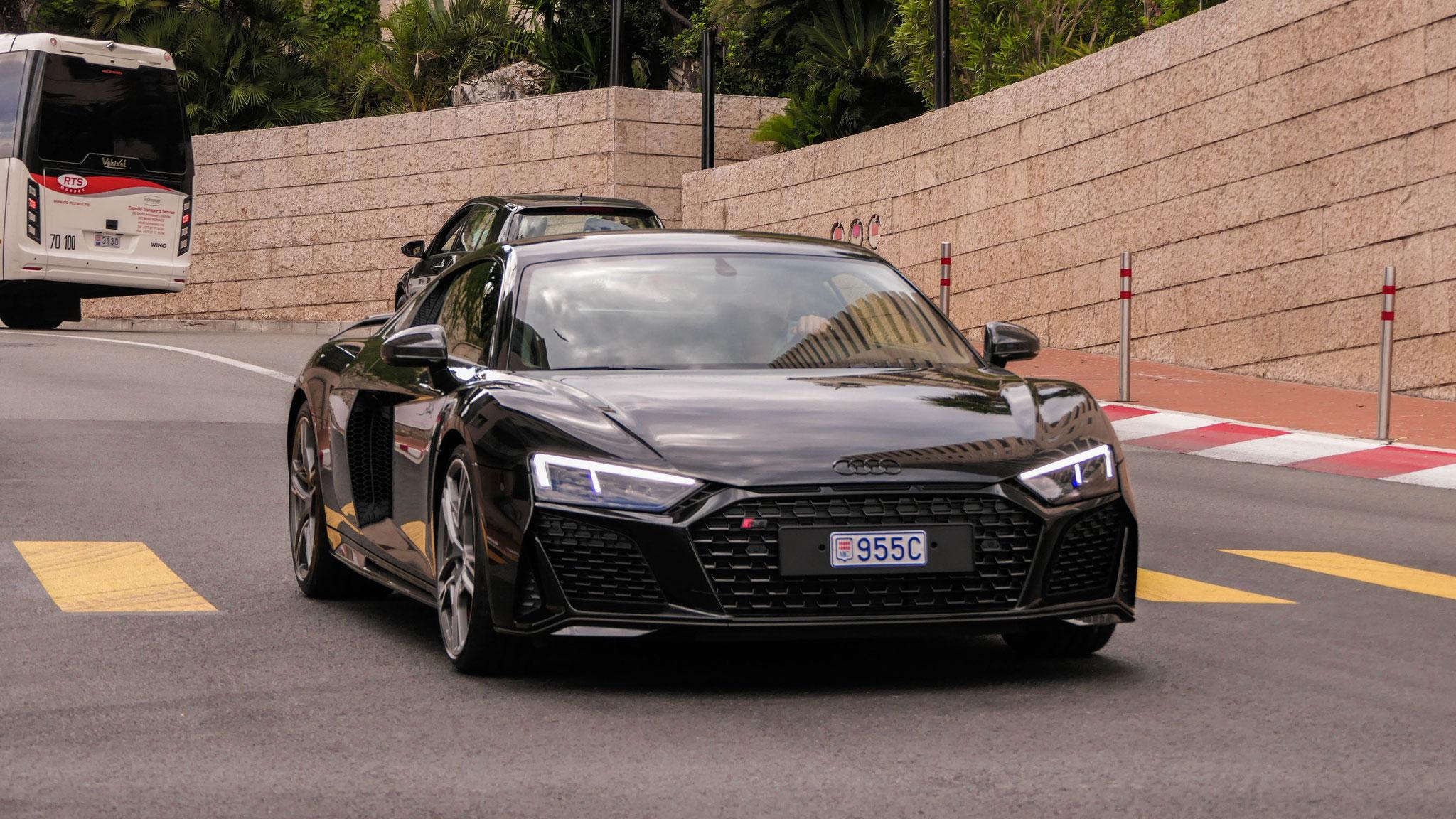 Audi R8 V10 - 955C (MC)
