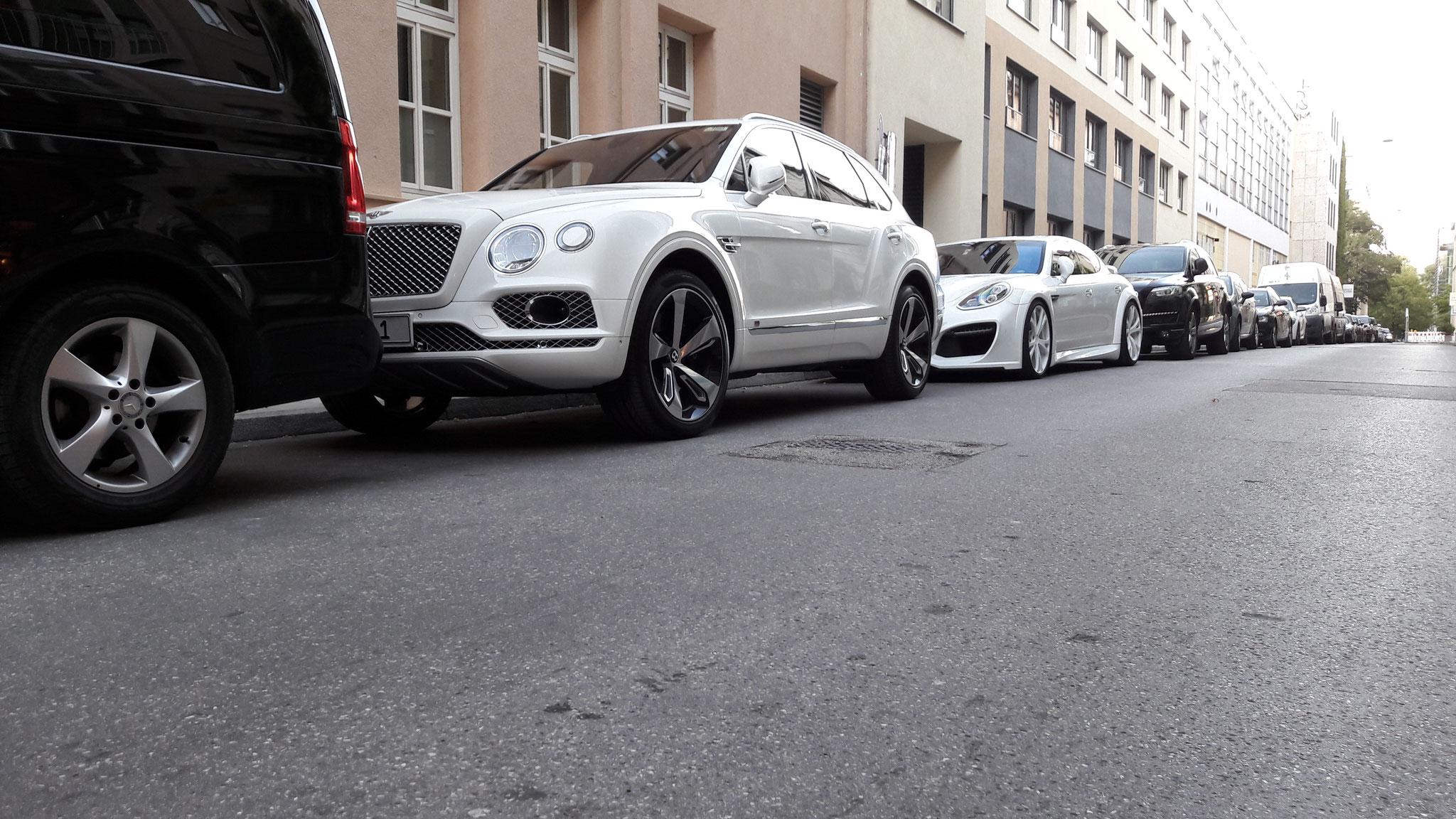 Bentley Bentayga - M-LI-1