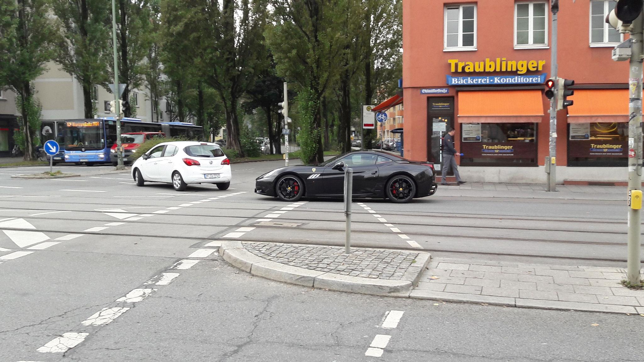 Ferrari California - BAD-W-911