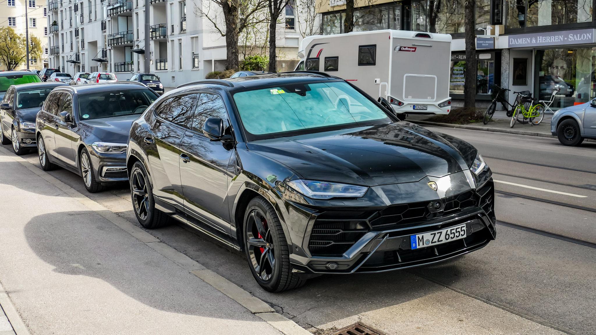 Lamborghini Urus - M-ZZ-6555