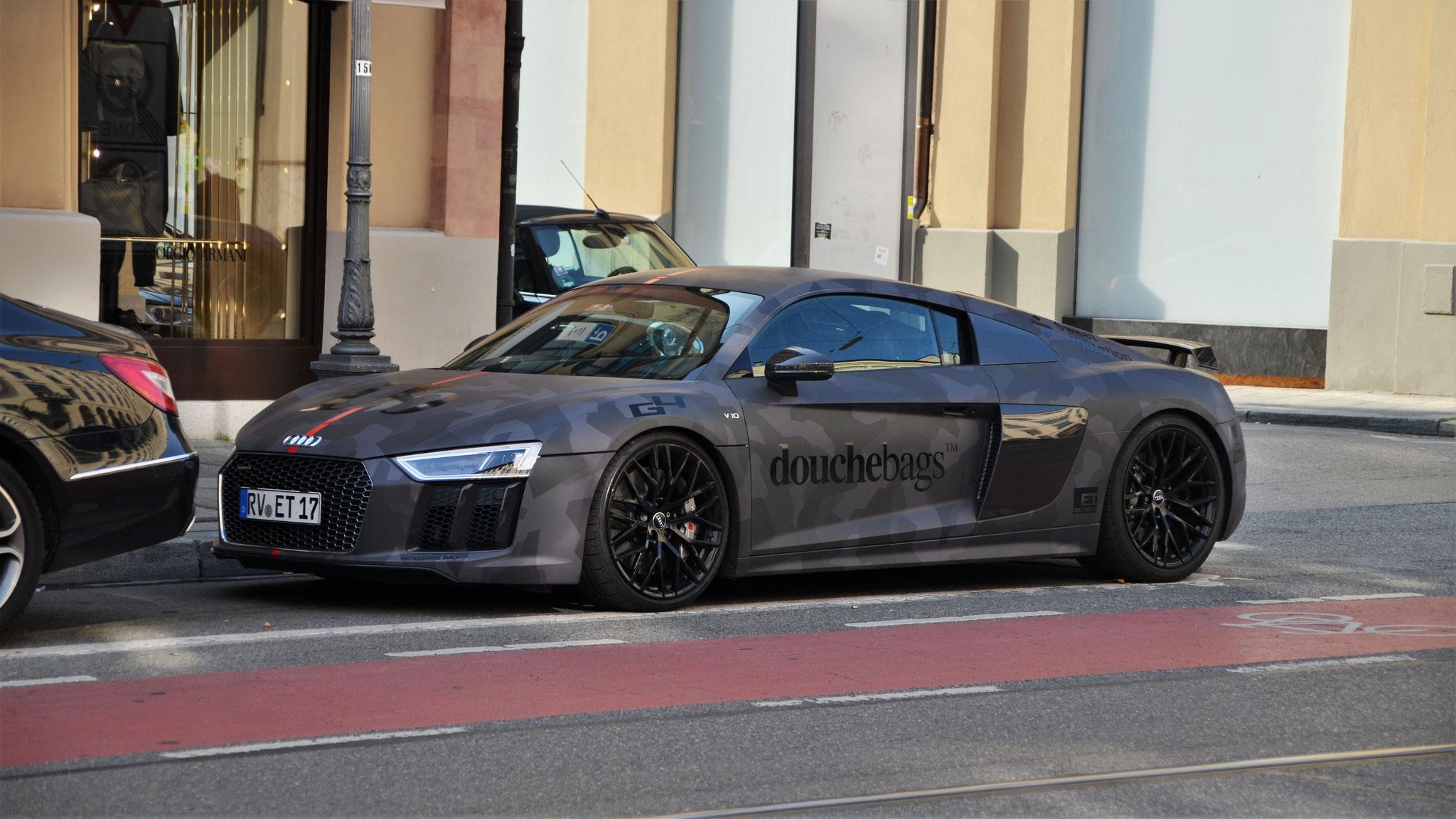 Audi R8 V10 - RV-ET-17
