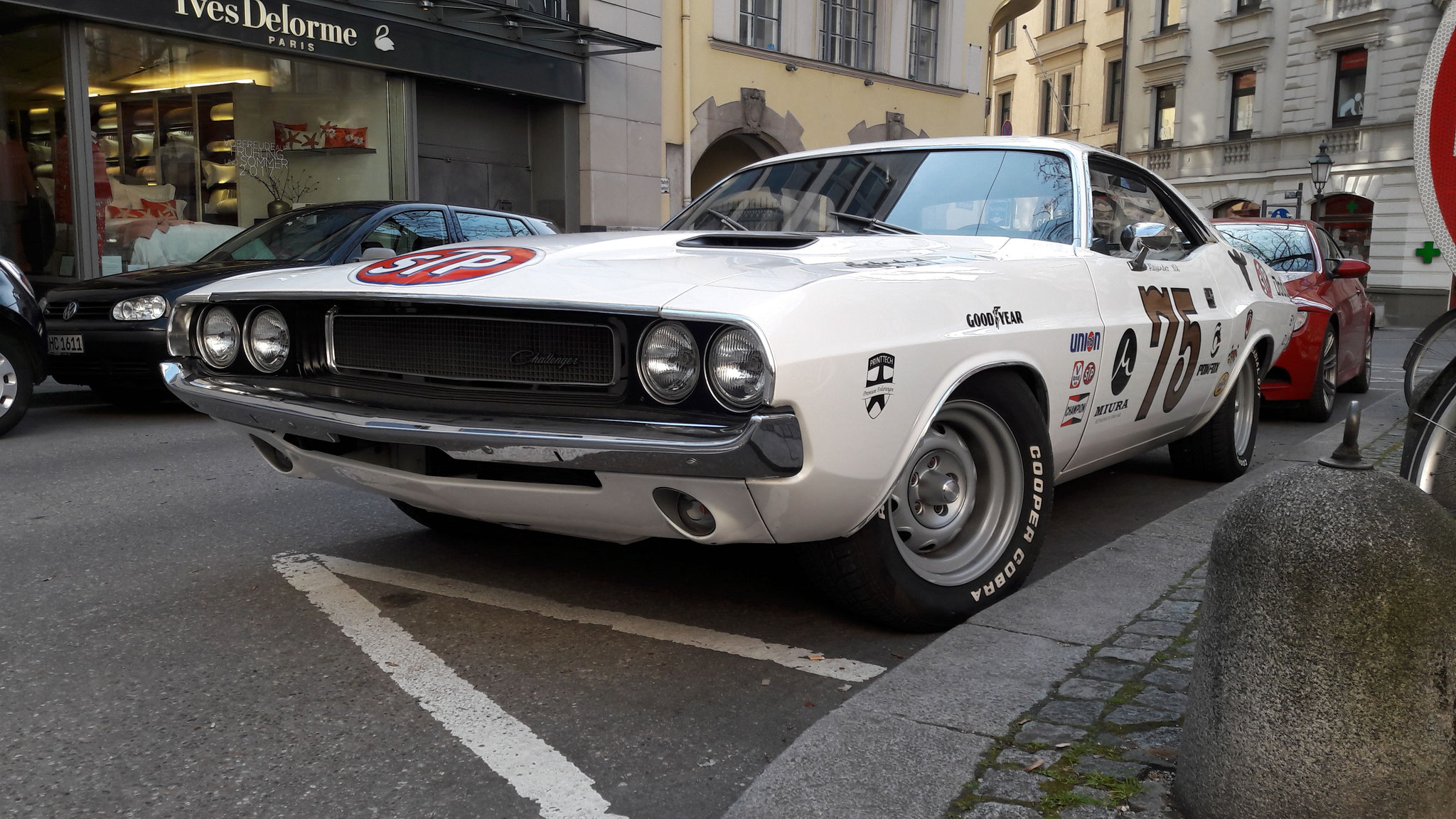 Dodge Challenger - M-NM-158H