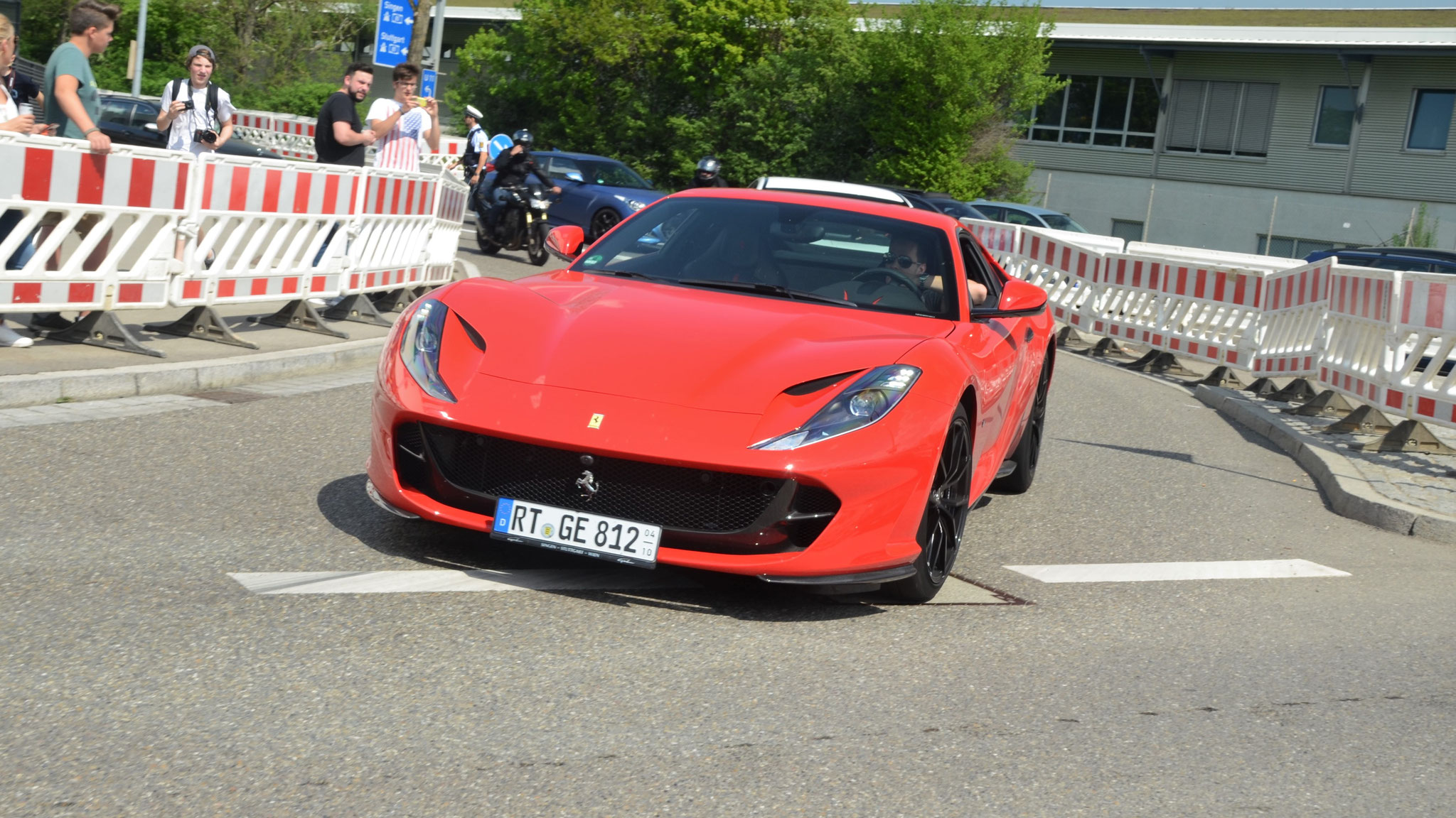 Ferrari 812 Superfast - RT-GE-812