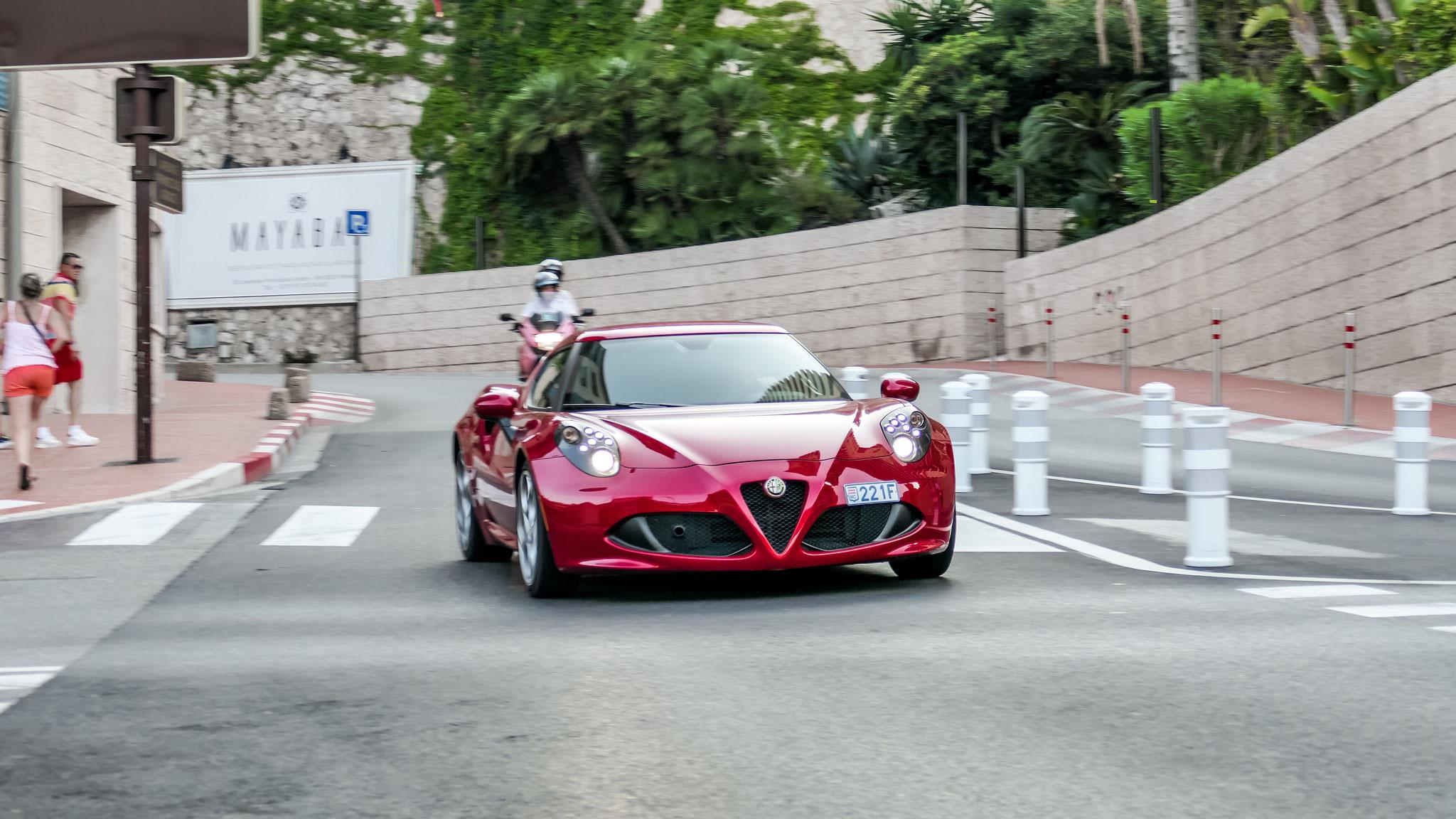 Alfa Romeo 4C - 221F (MC)