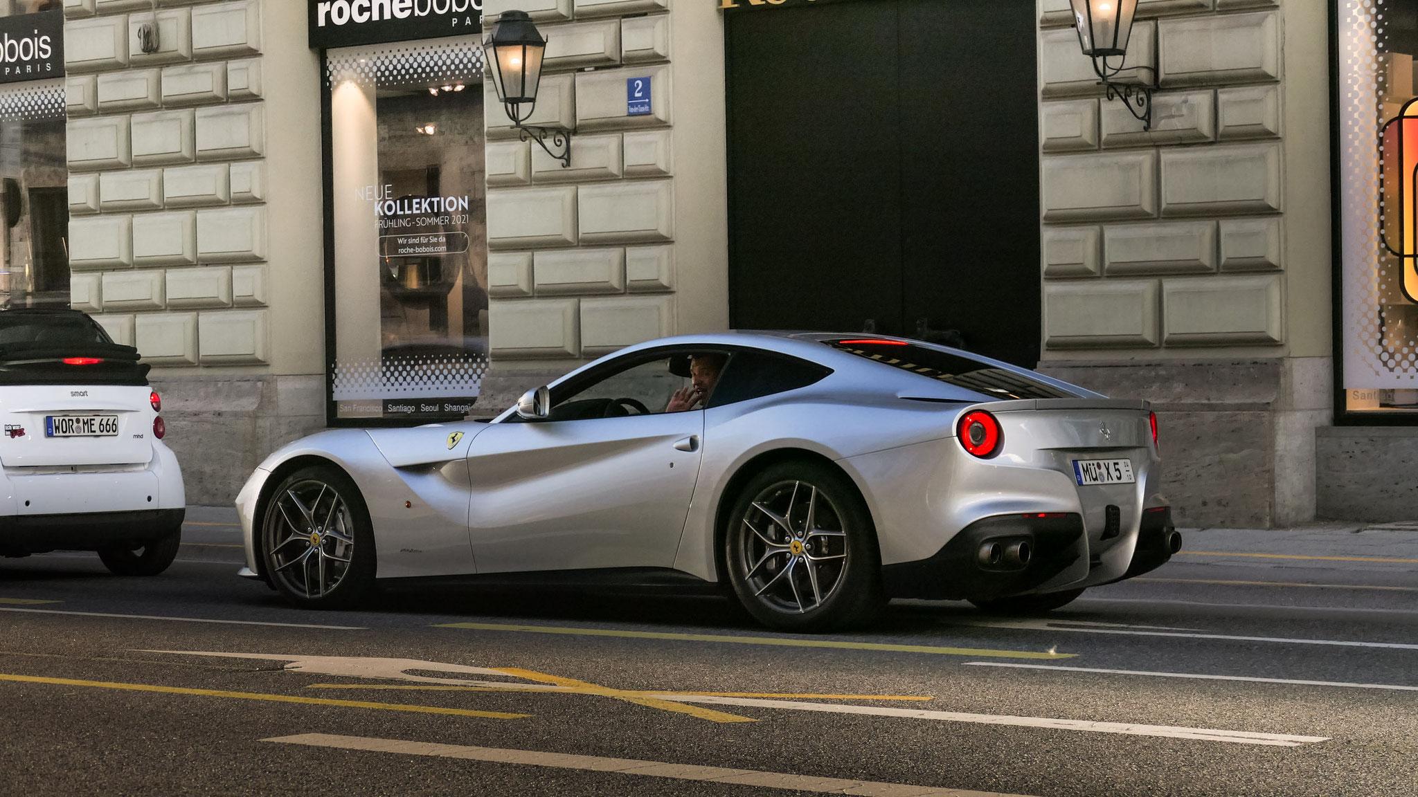 Ferrari F12 Berlinetta - MÜP-X-5