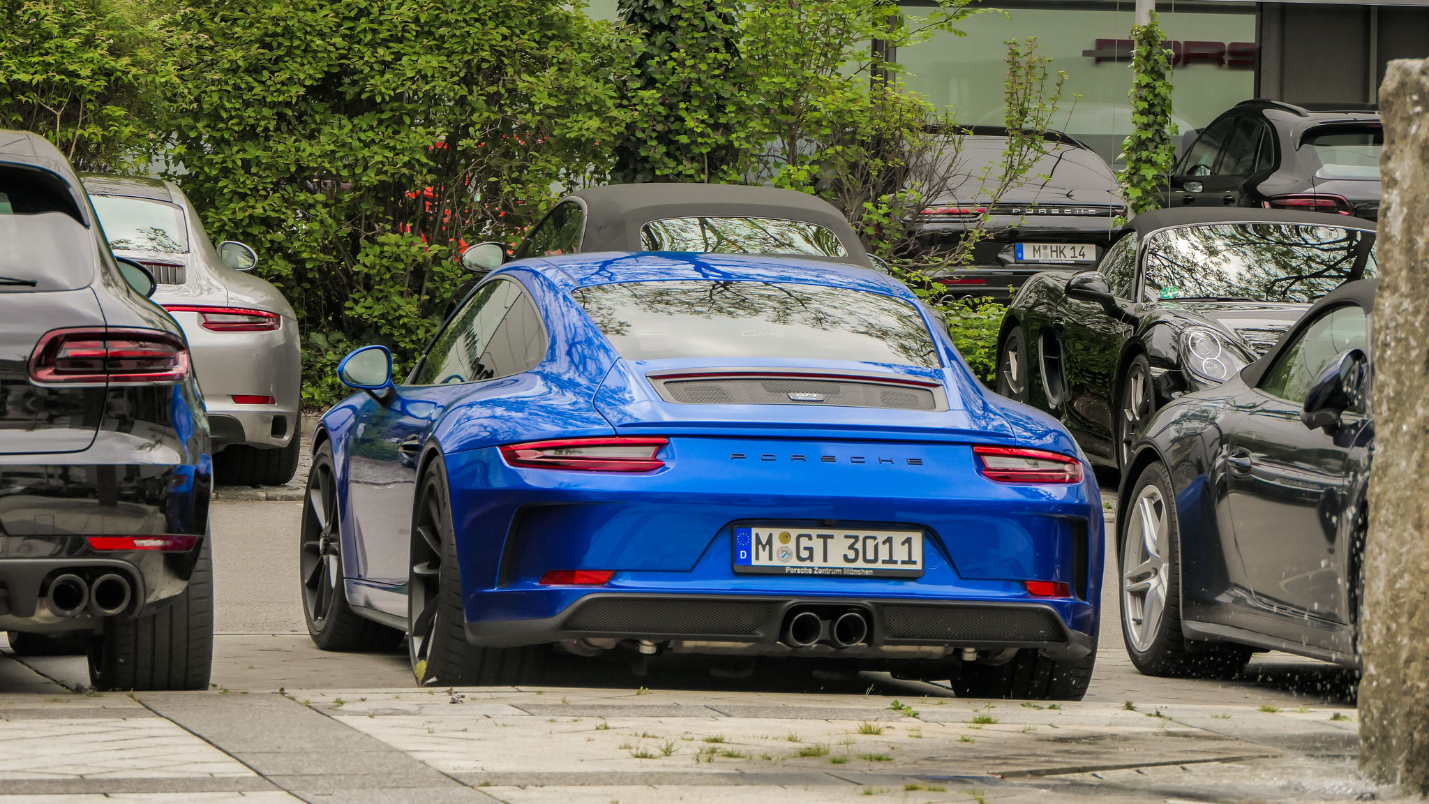 Porsche 991 GT3 Touring Package - M-GT-3011