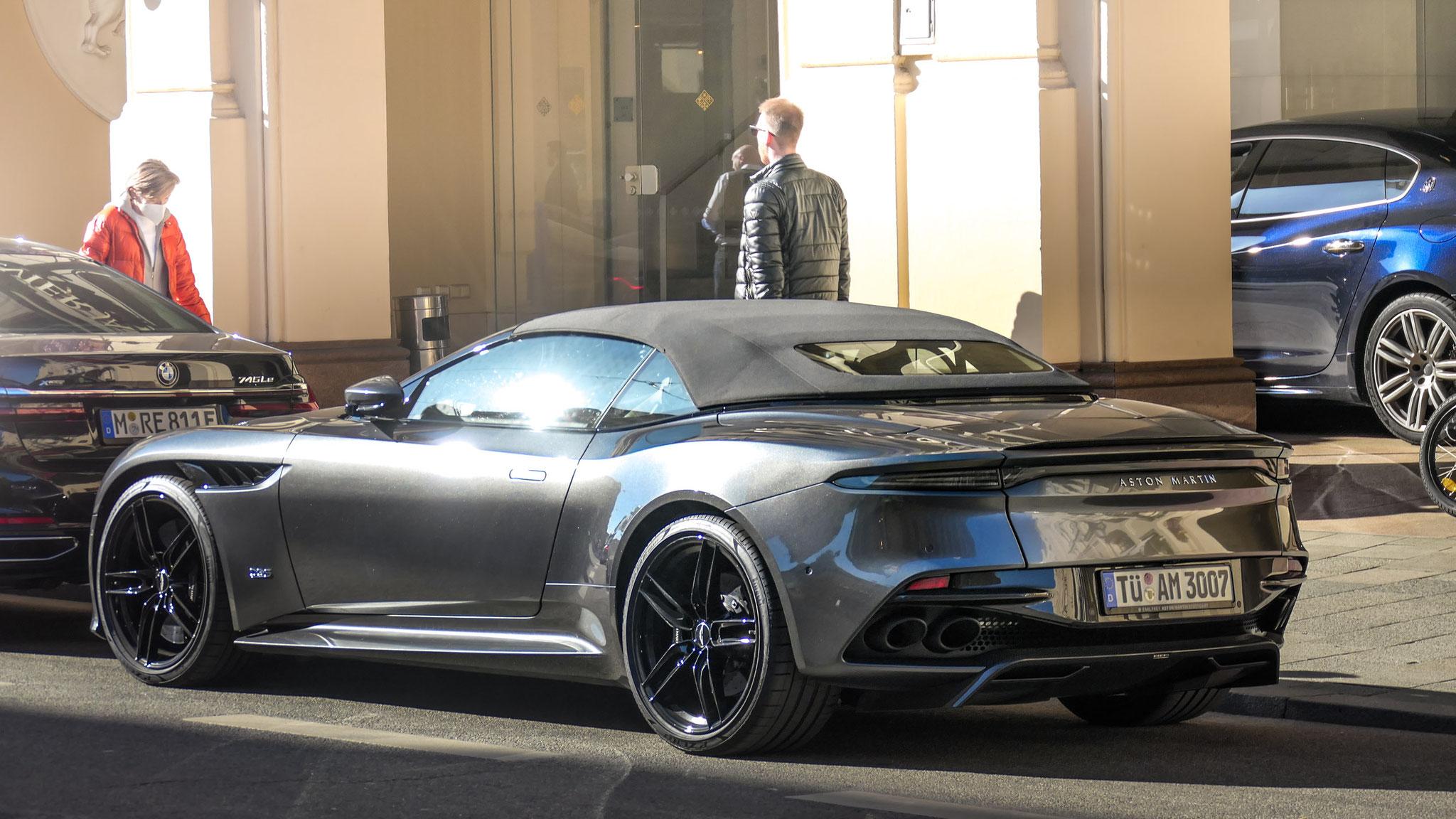 Aston Martin DBS Superleggera Volante - TÜ-AM-3007