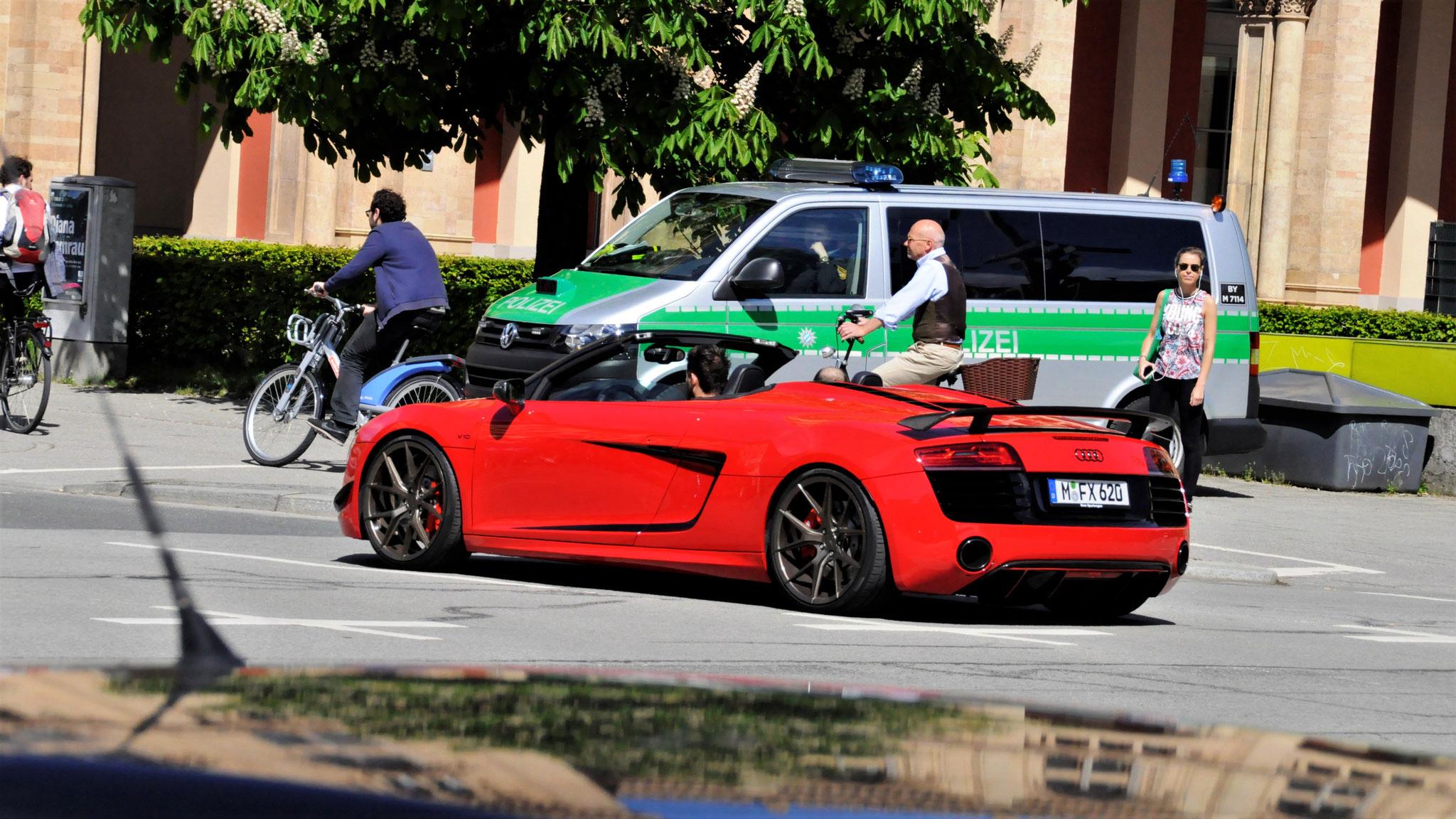 Audi R8 Spyder - M-FX-620