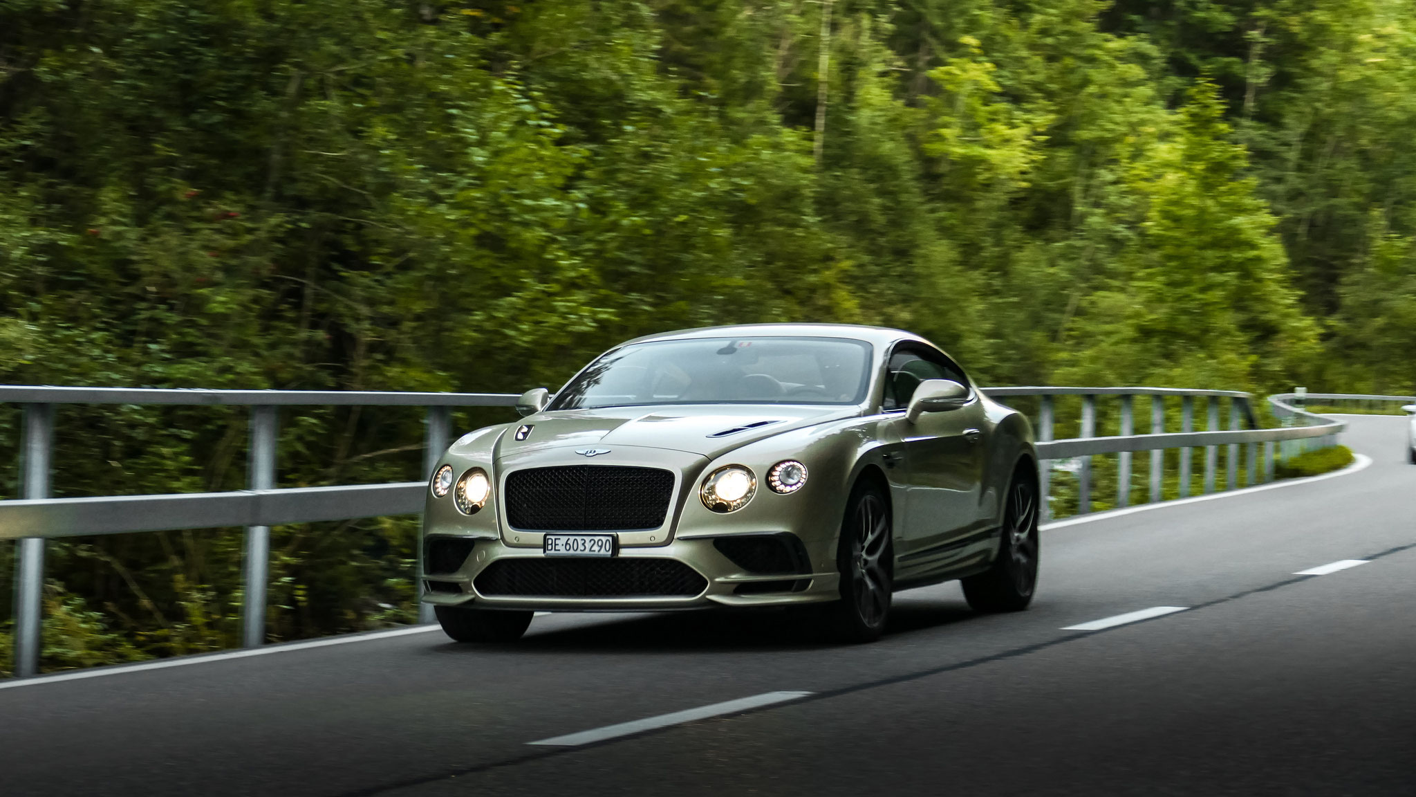 Bentley Continental GT Supersports - BE-603290 (CH)