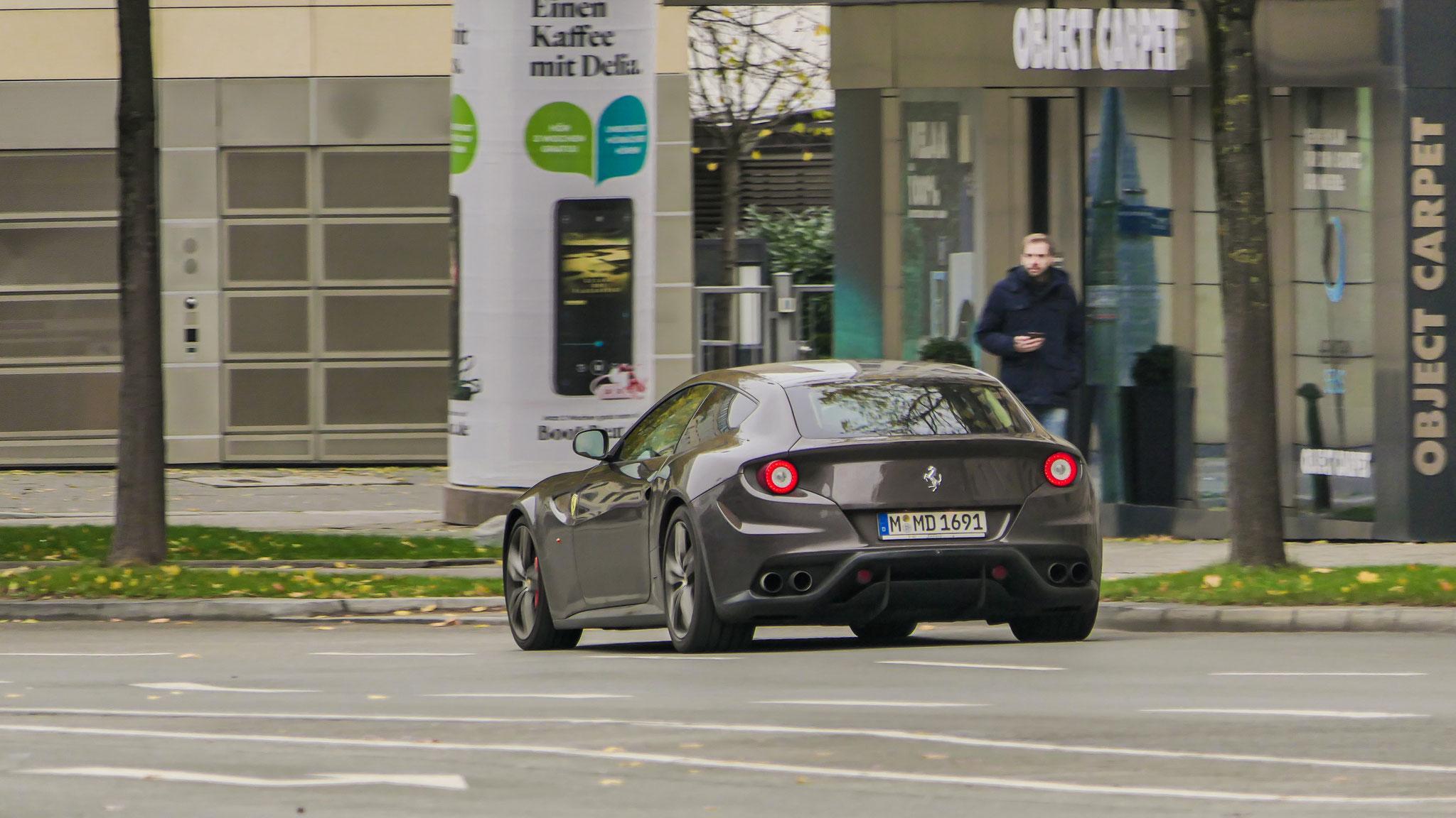 Ferrari FF - M-MD-1691