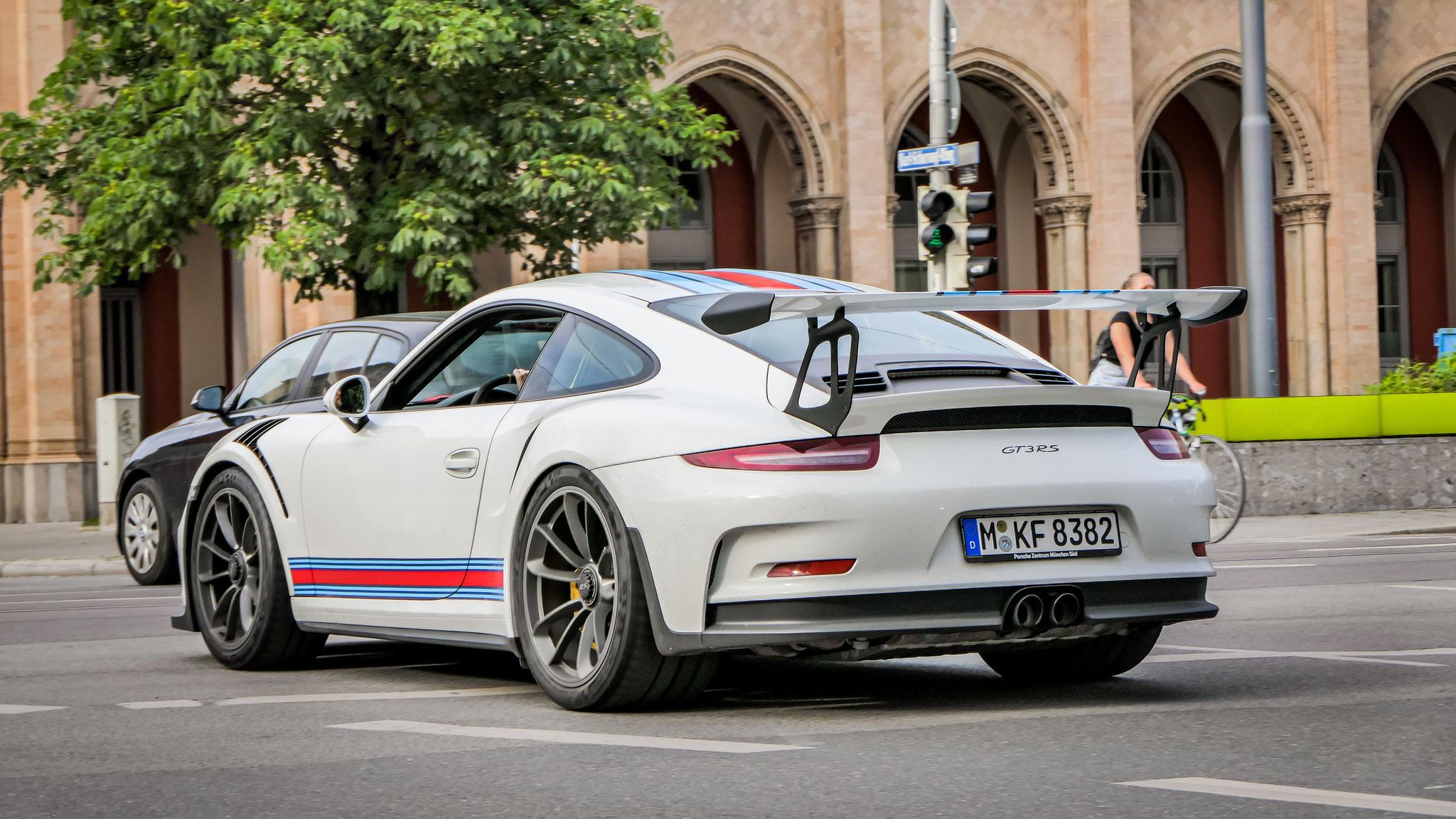 Porsche 911 GT3 RS - M-K-8382