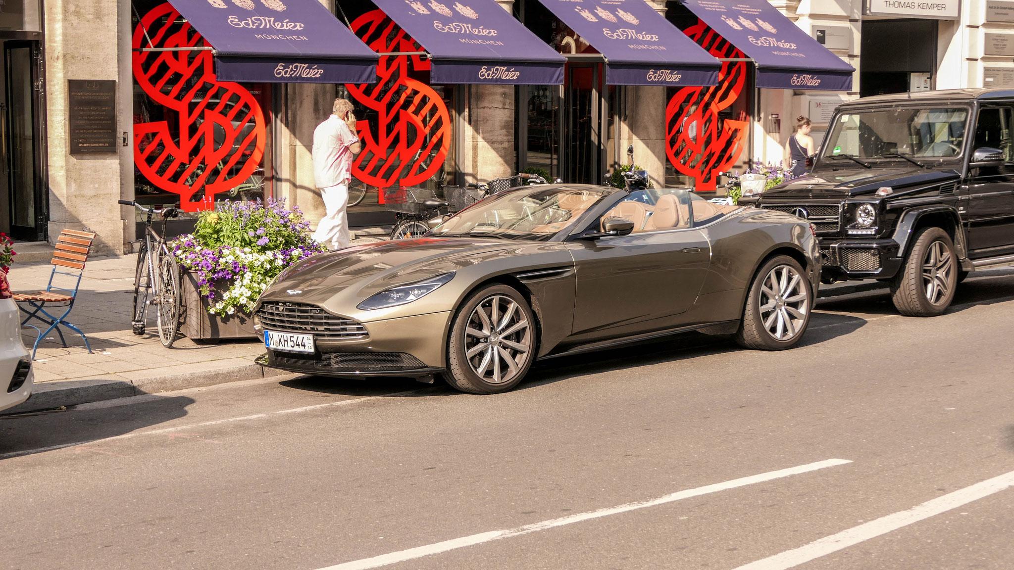 Aston Martin DB11 Volante - M-KH-544