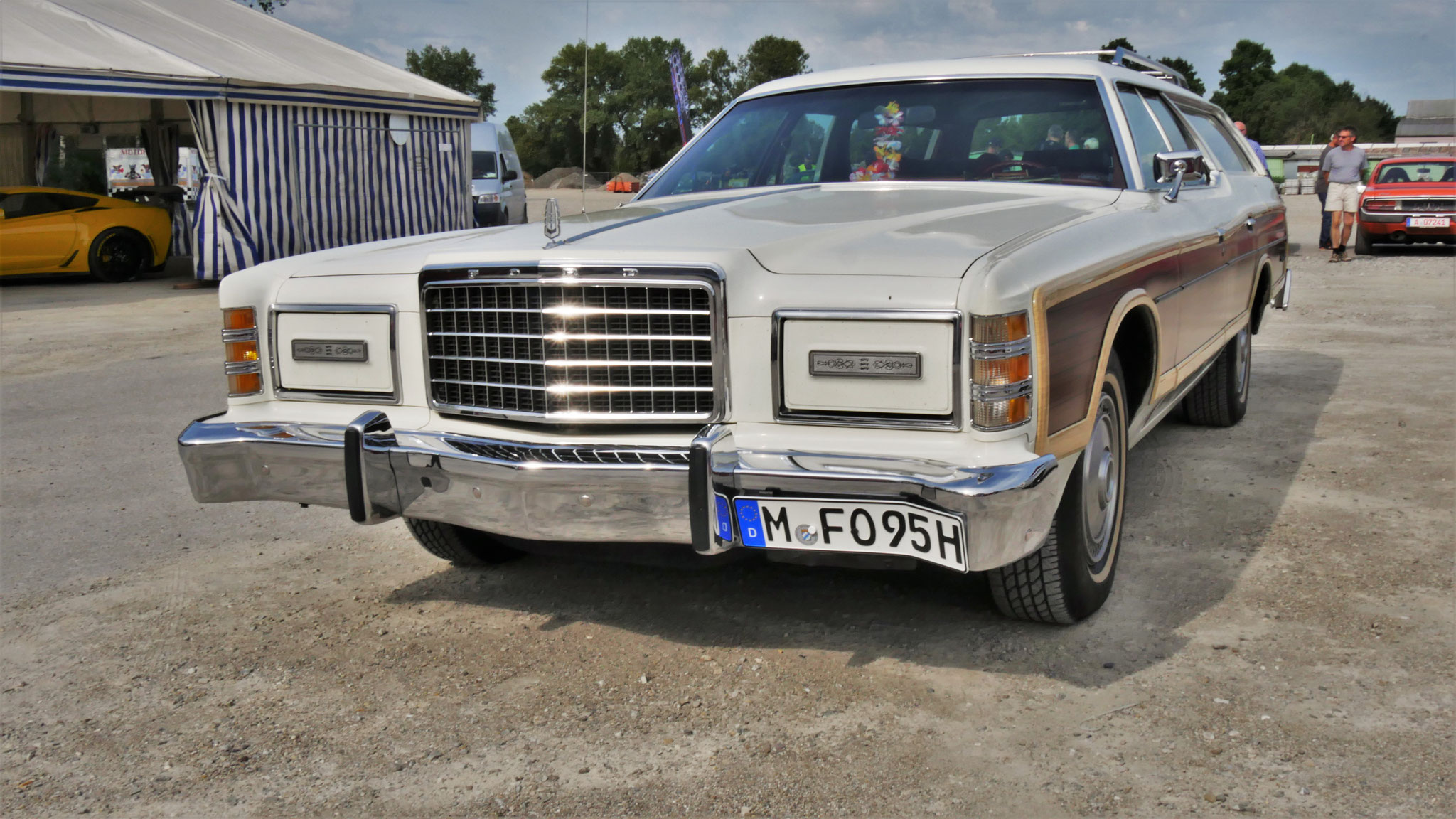Ford Country Squire - M-FO-95H