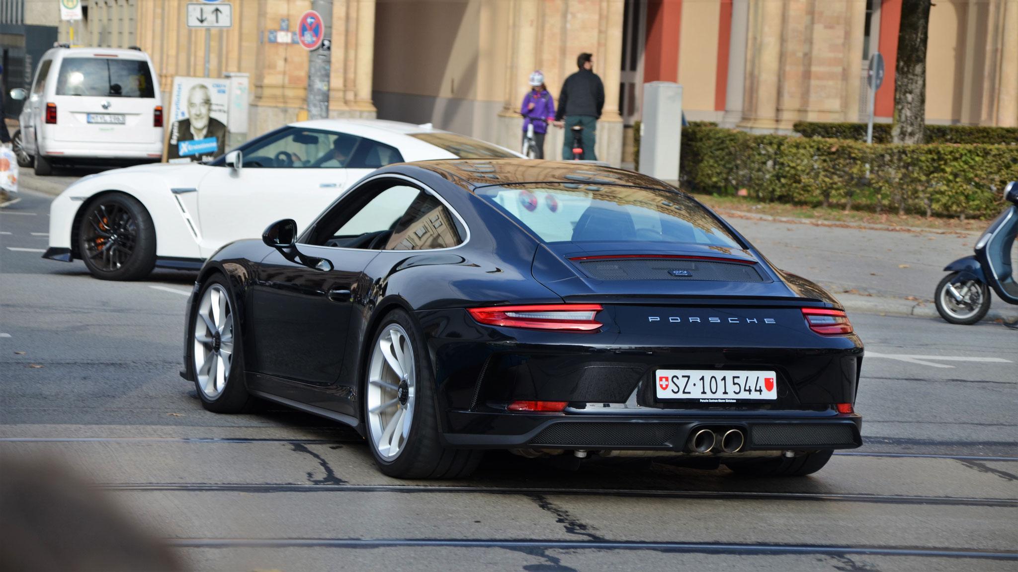 Porsche 991 GT3 Touring Package - SZ-101544 (CH)