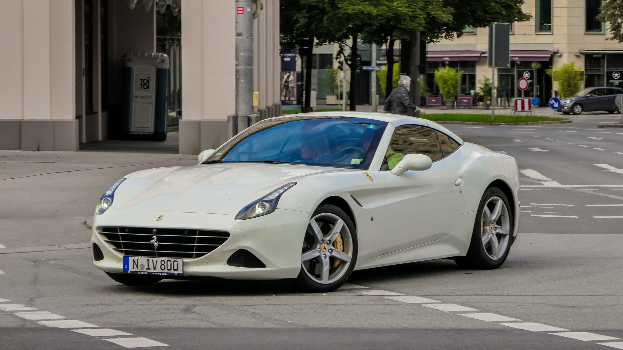 Ferrari California T - N-IV-800