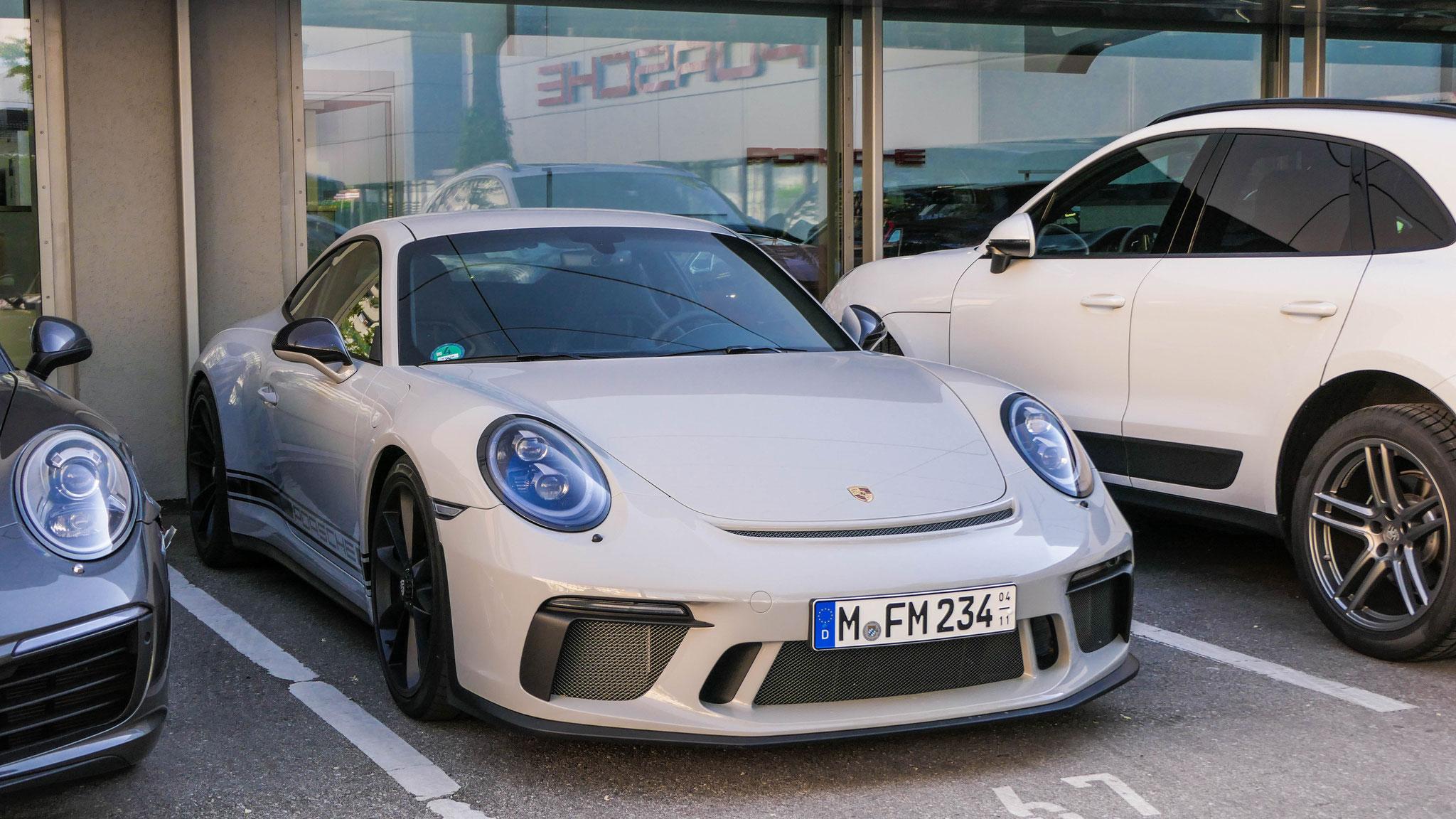 Porsche 991 GT3 Touring Package - M-FM-234