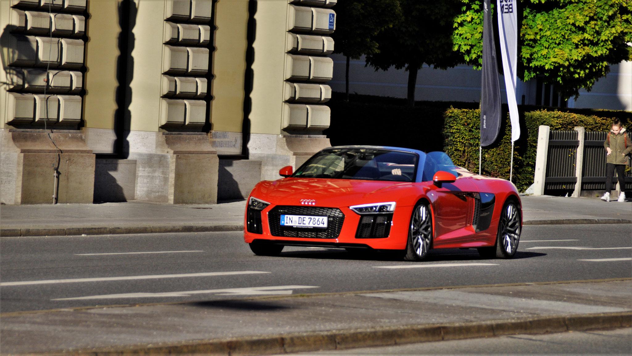 Audi R8 V10 Spyder - IN-DE-7864