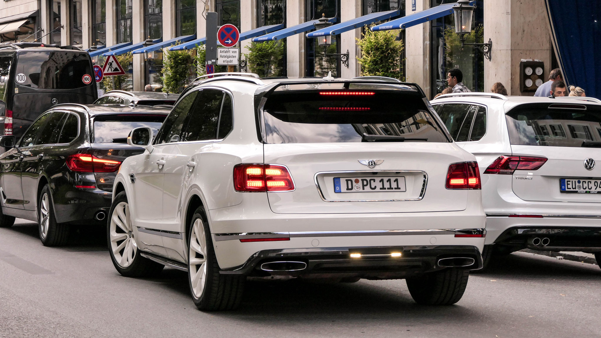 Bentley Bentayga - D-PC-111
