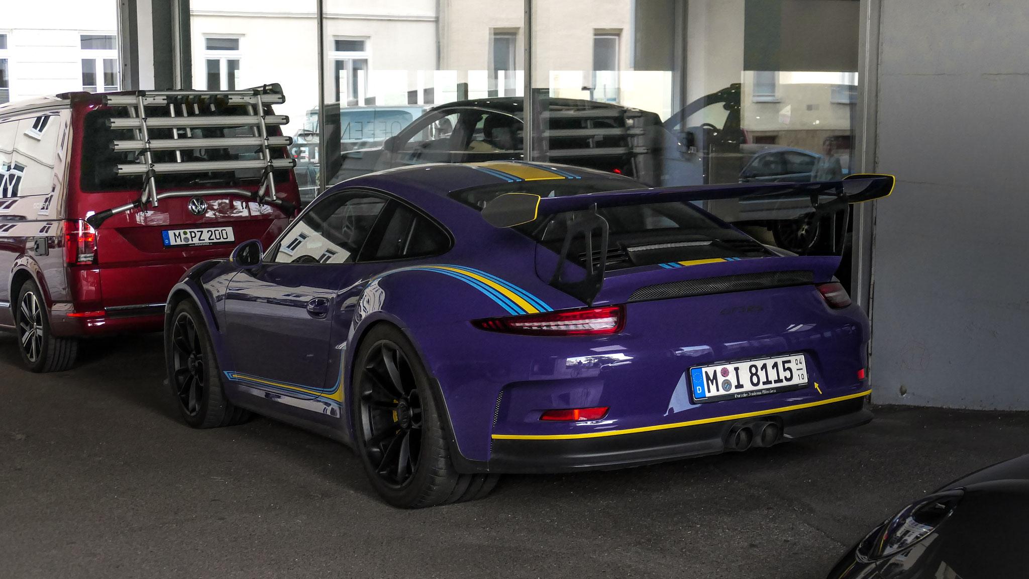 Porsche 911 GT3 RS - M-I-8115