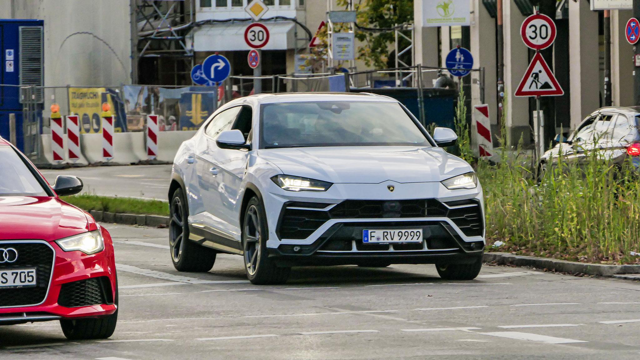 Lamborghini Urus - F-RV-9999