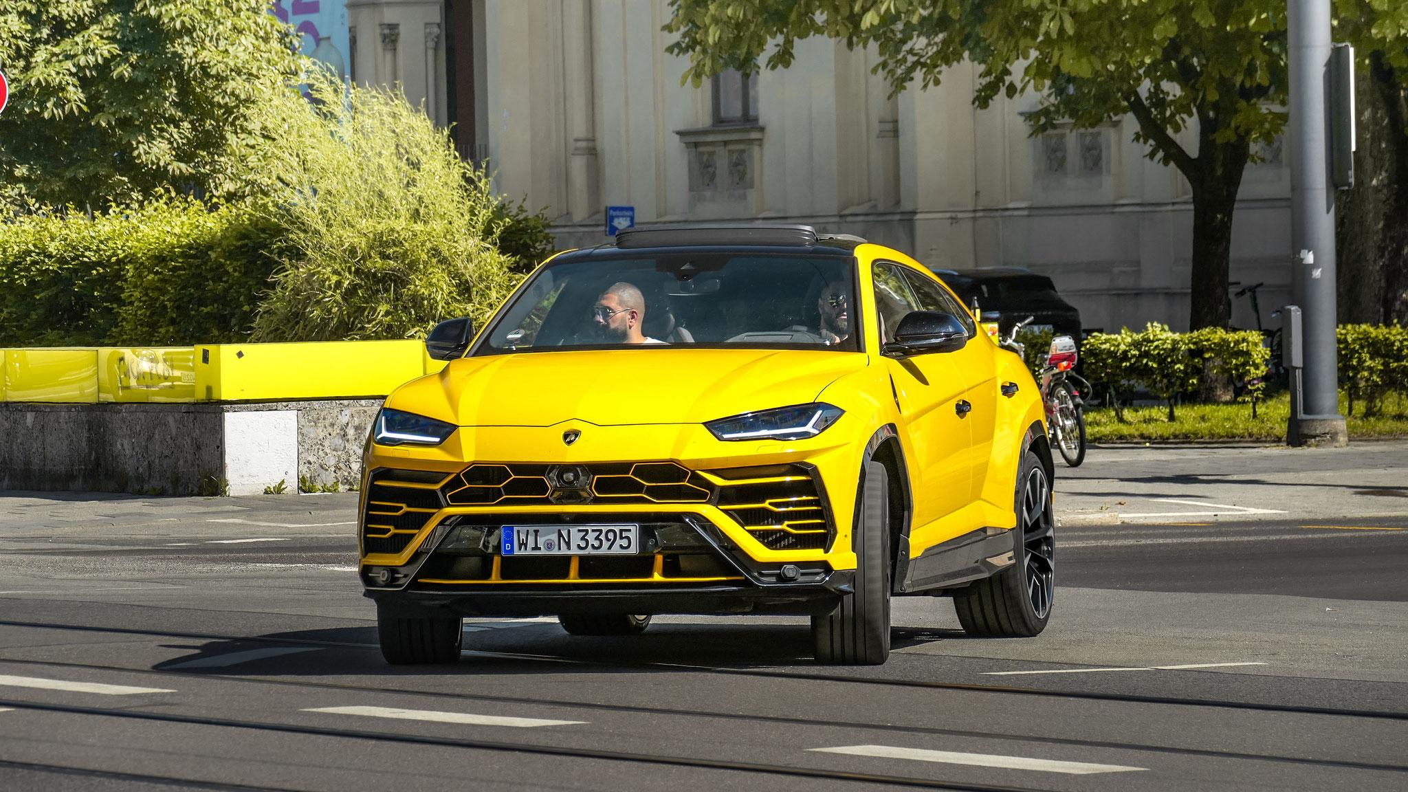 Lamborghini Urus - WI-N-3395