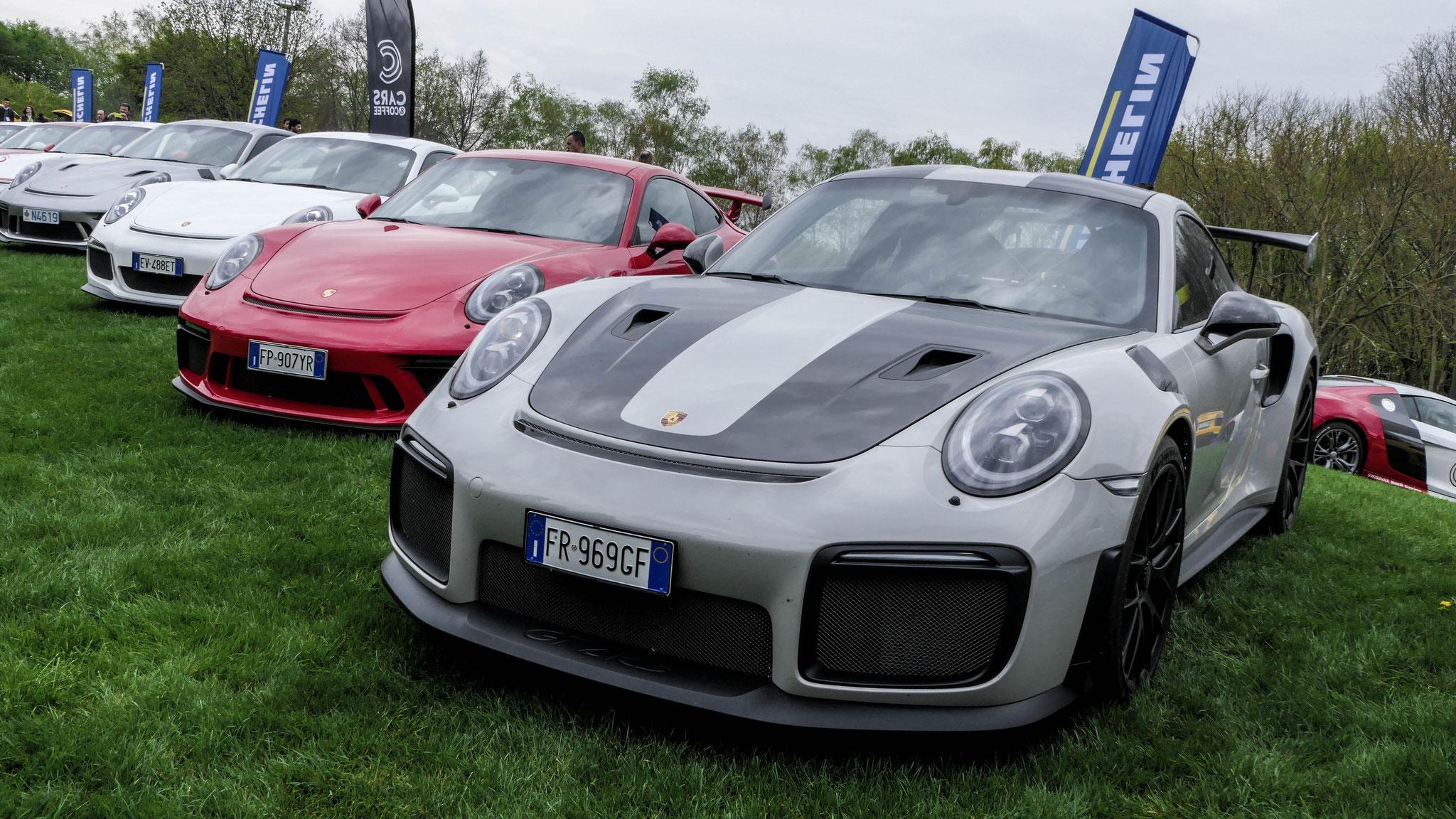 Porsche 911 GT2 RS - FR-969-GF (ITA)