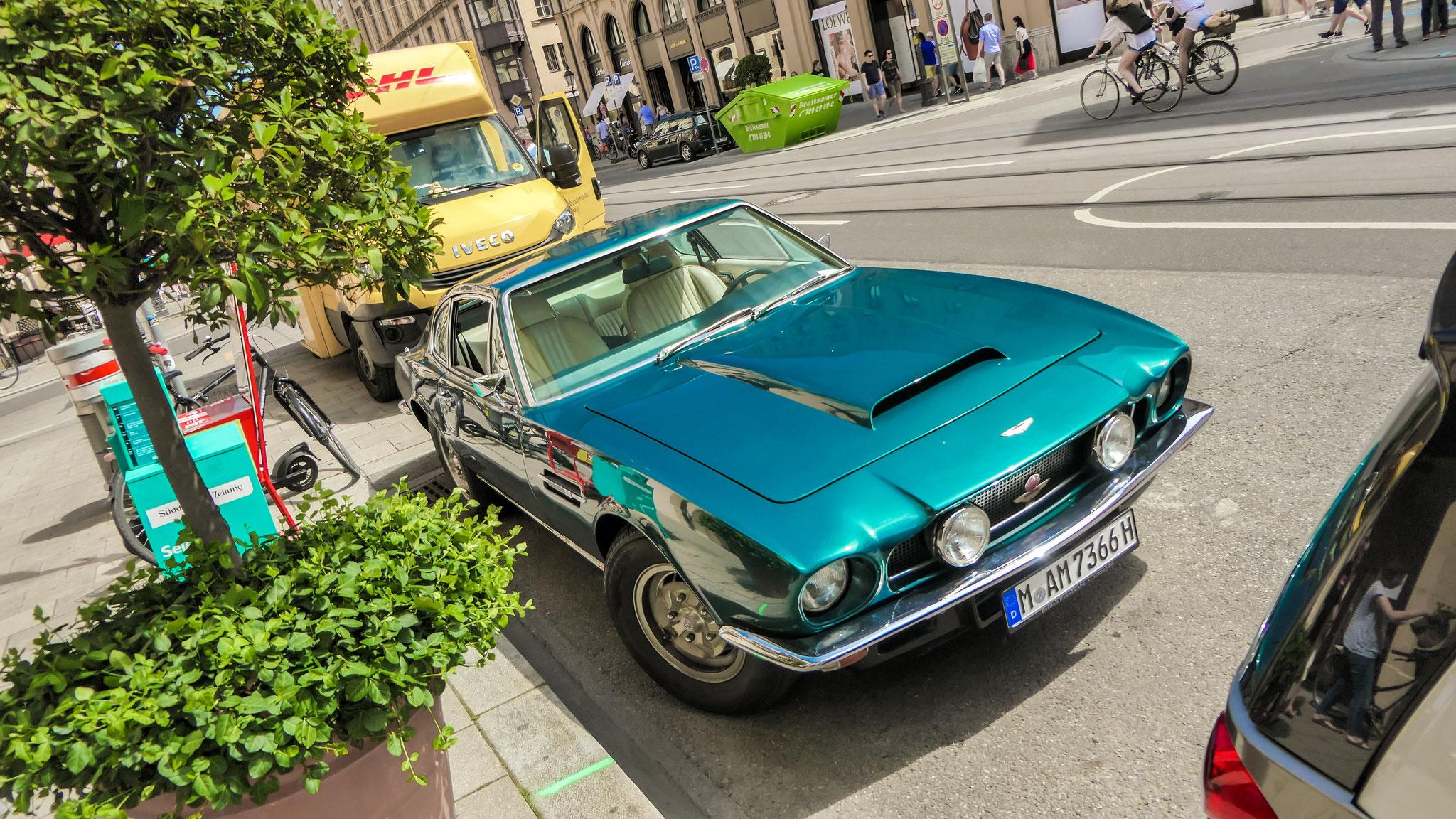Aston Martin V8 Vantage - M-AM-7366H
