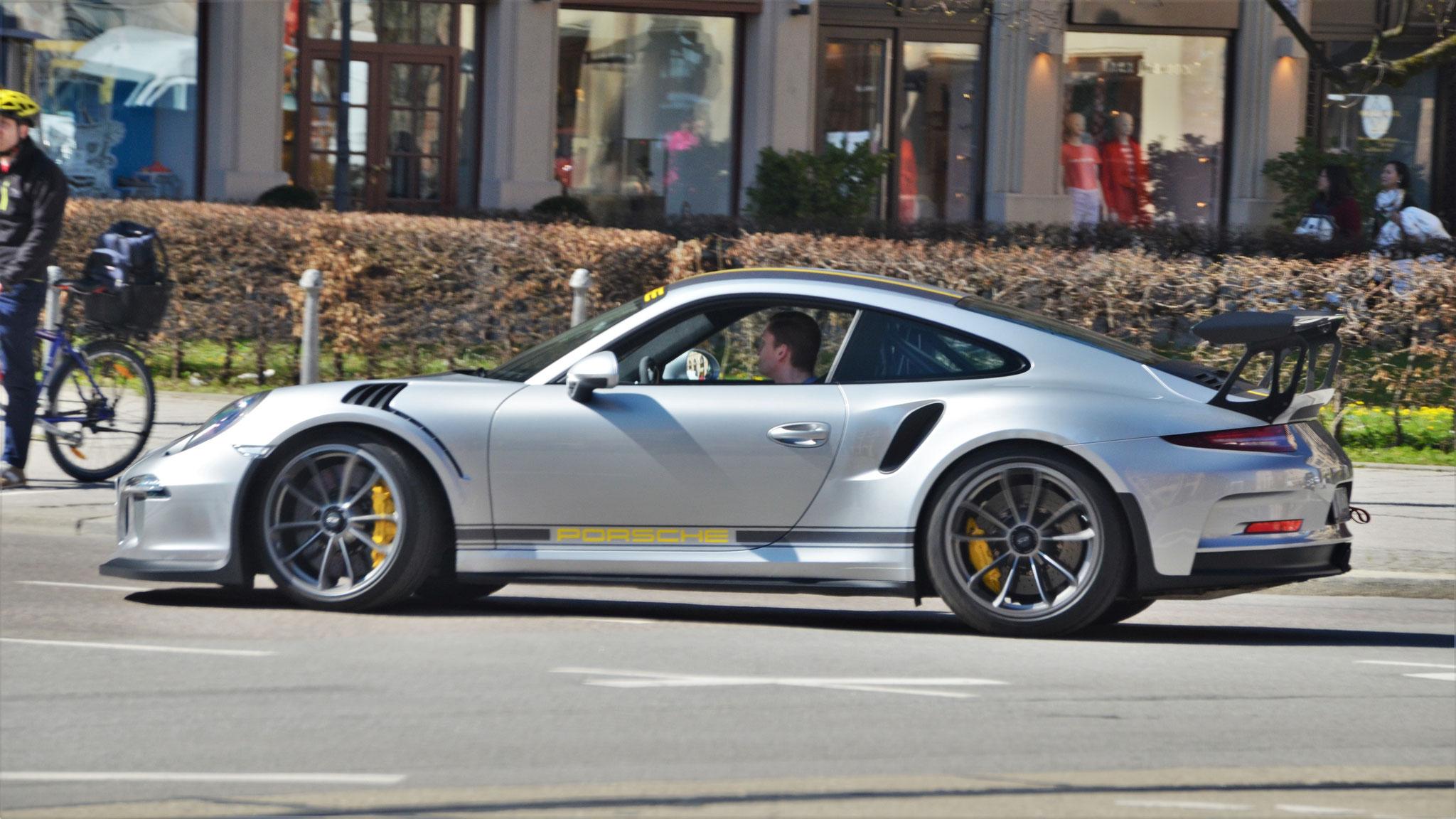 Porsche 911 GT3 RS - M-VL-1089