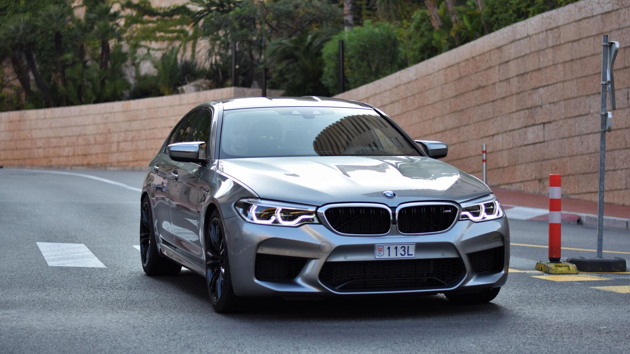 BMW M5 - 113L (MC)