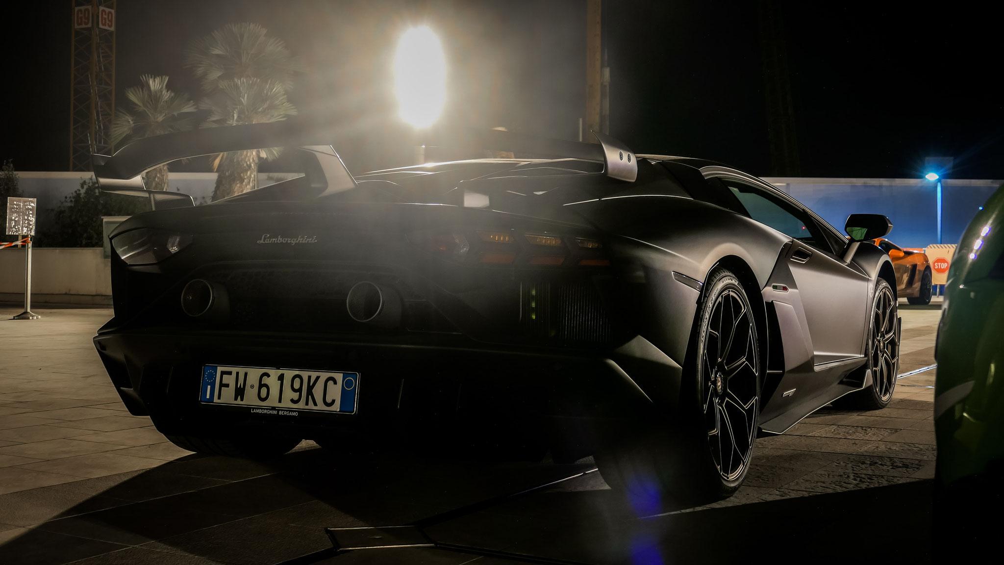 Lamborghini Aventador LP 770 SVJ - FW-619-KC (ITA)