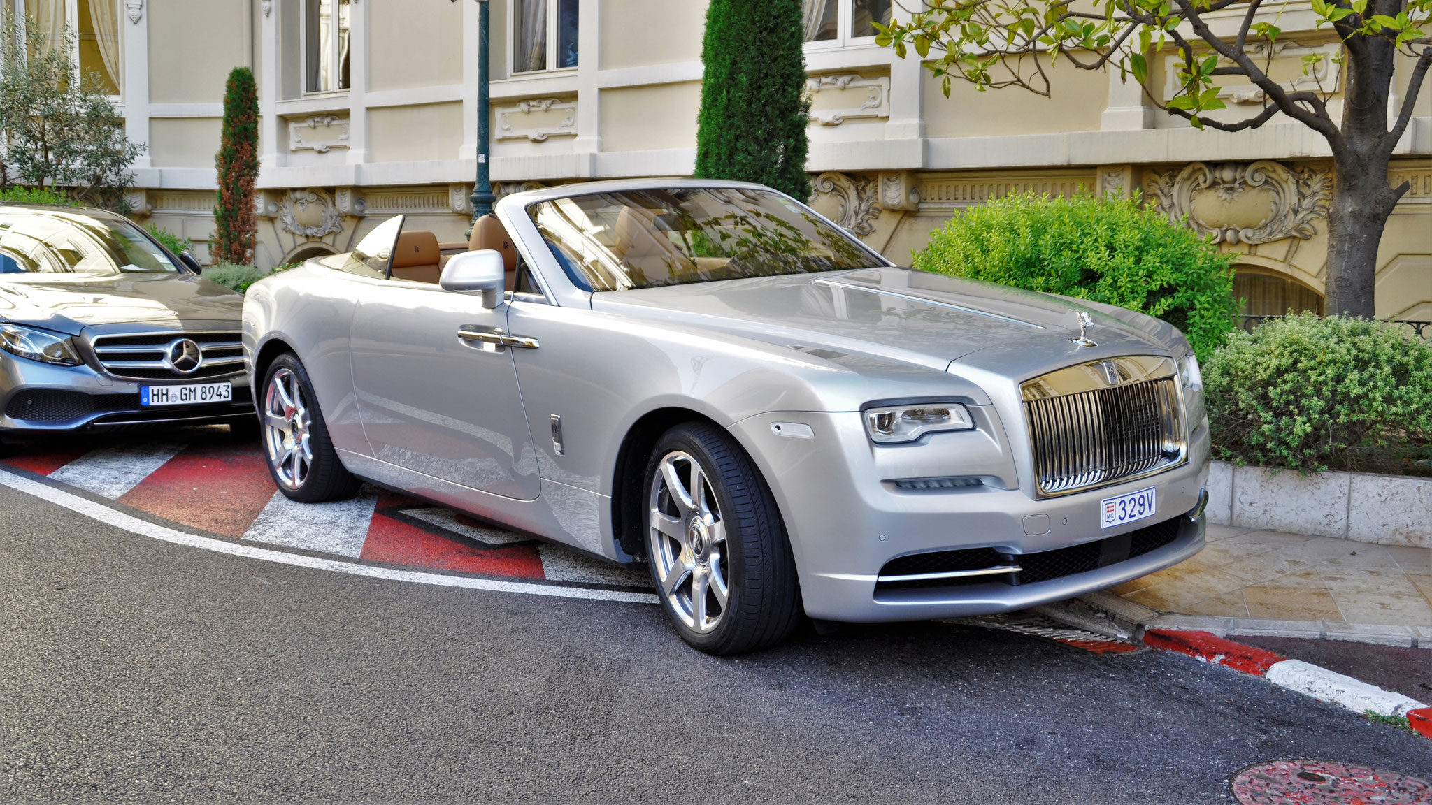 Rolls Royce Dawn - 329V (MC)